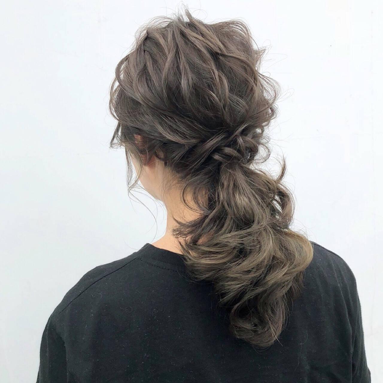 ポニーテール 簡単ヘアアレンジ ナチュラル ヘアアレンジヘアスタイルや髪型の写真・画像
