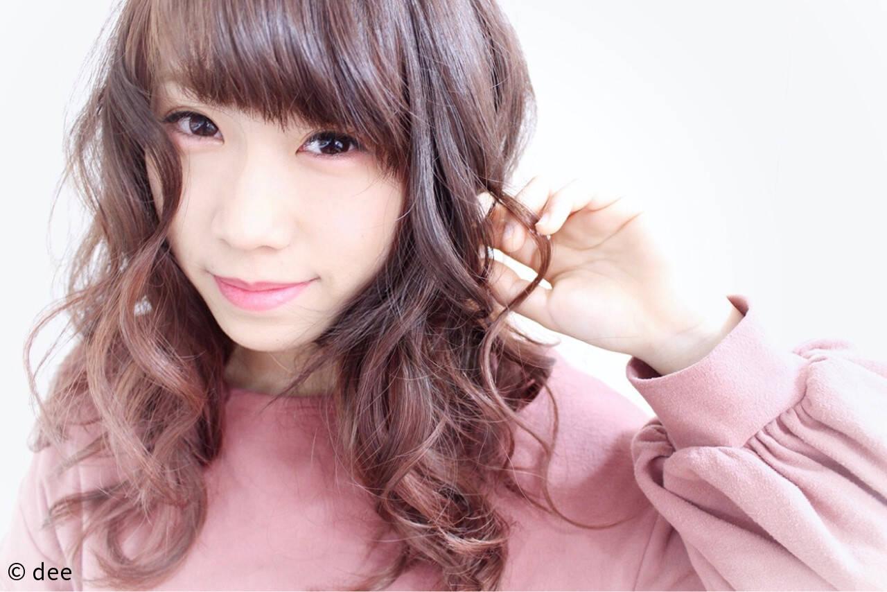 ピンク ロング ガーリー ピンクブラウンヘアスタイルや髪型の写真・画像