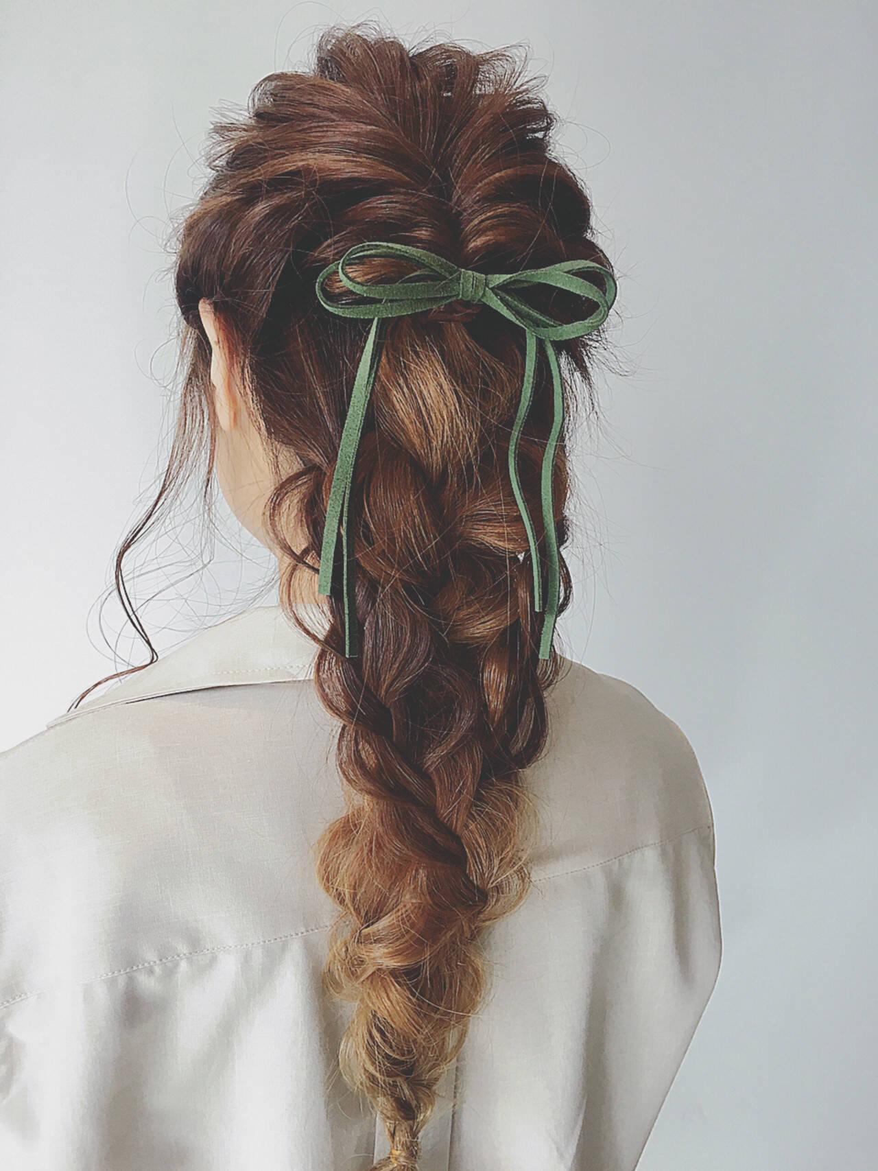 くるりんぱ ロング ヘアアレンジ 簡単ヘアアレンジヘアスタイルや髪型の写真・画像