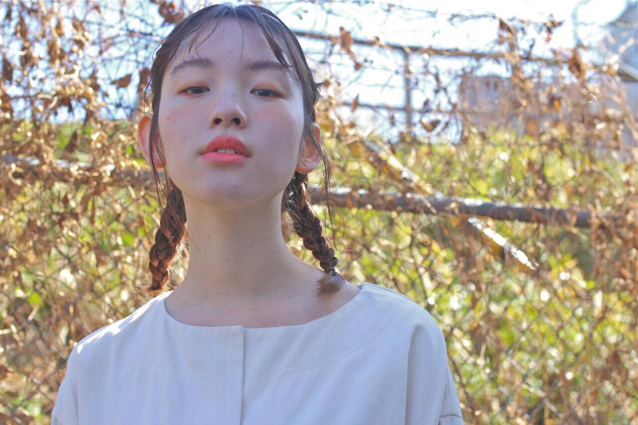簡単ヘアアレンジ ミルクティー ナチュラル ショートヘアスタイルや髪型の写真・画像