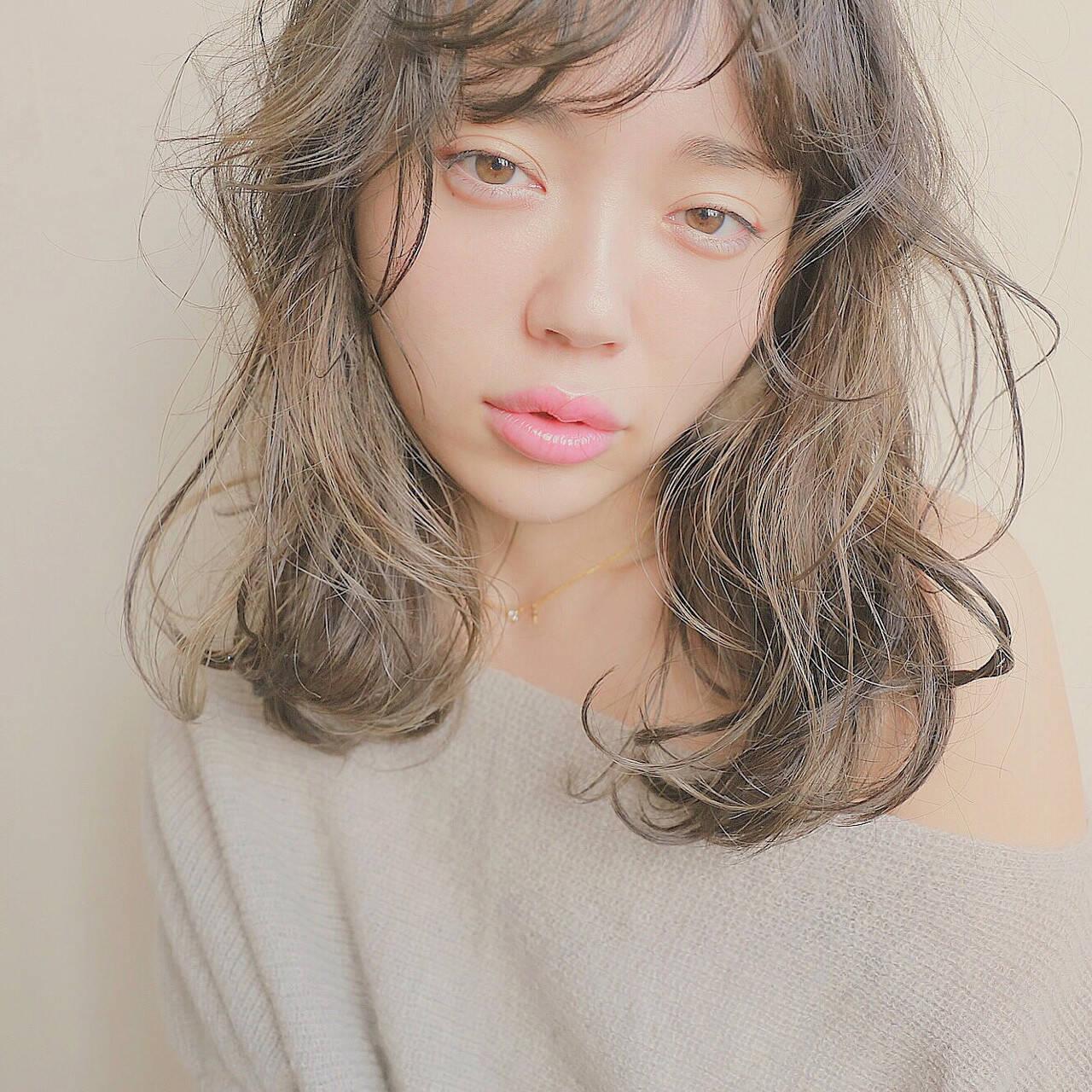 モテ髪 ハイライト 外国人風 ナチュラルヘアスタイルや髪型の写真・画像