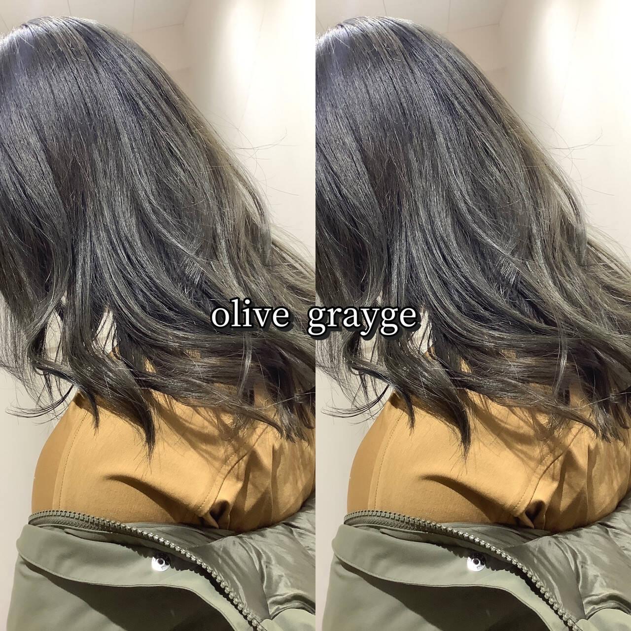 ヘアカラー 大人可愛い オリーブグレージュ カーキアッシュヘアスタイルや髪型の写真・画像
