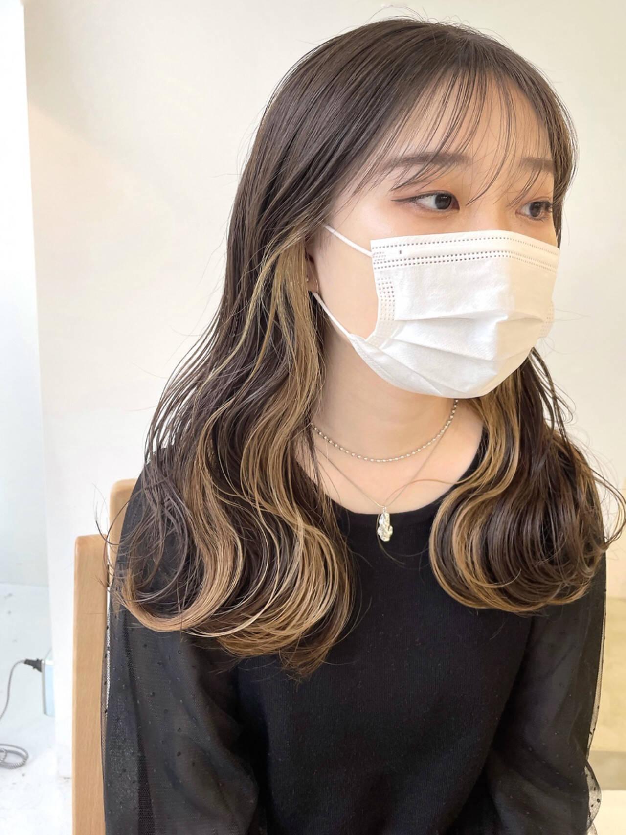 インナーカラー インナーカラーホワイト インナーカラーグレー インナーカラーパープルヘアスタイルや髪型の写真・画像