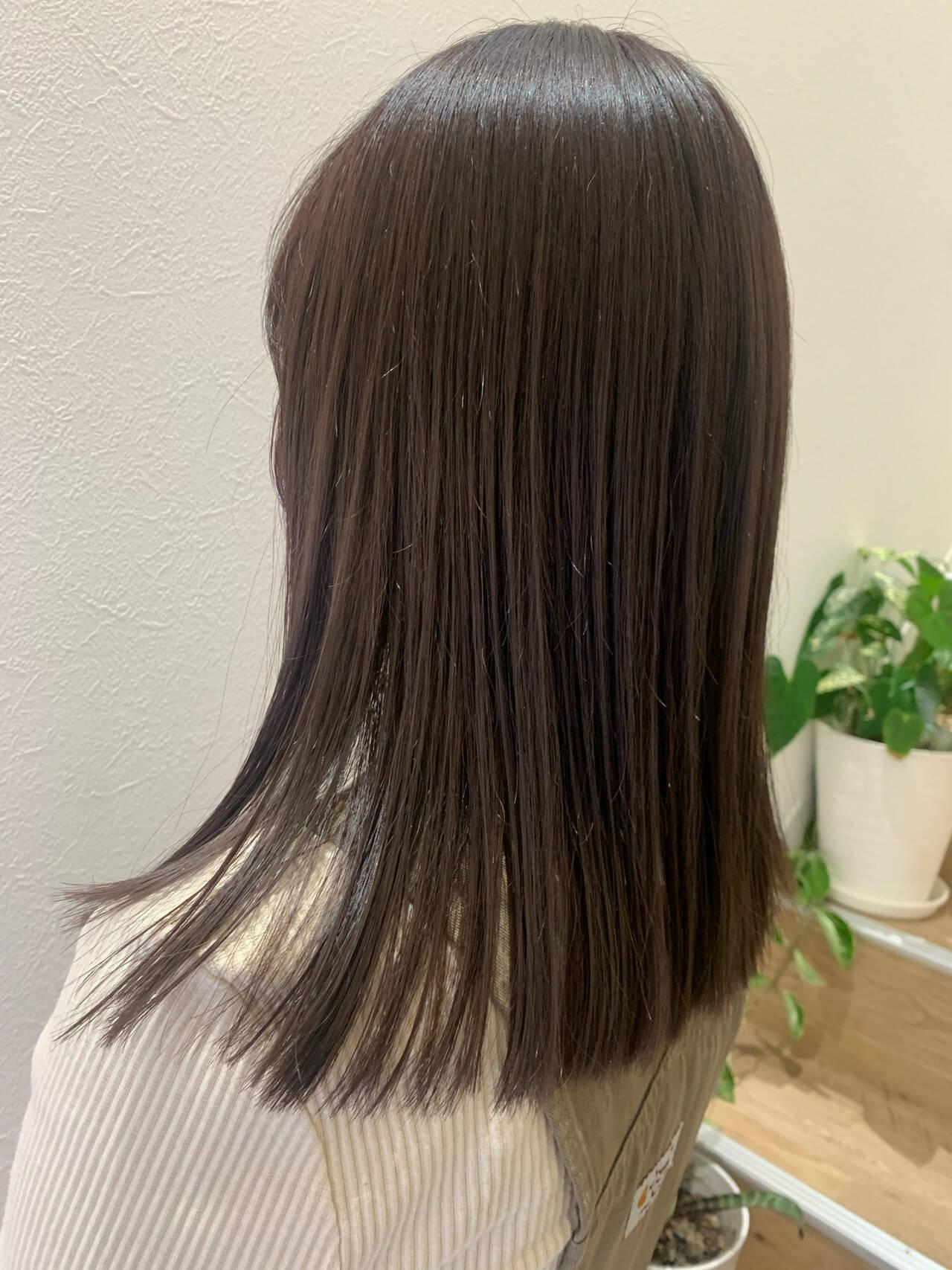 ナチュラル ミディアムヘアスタイルや髪型の写真・画像