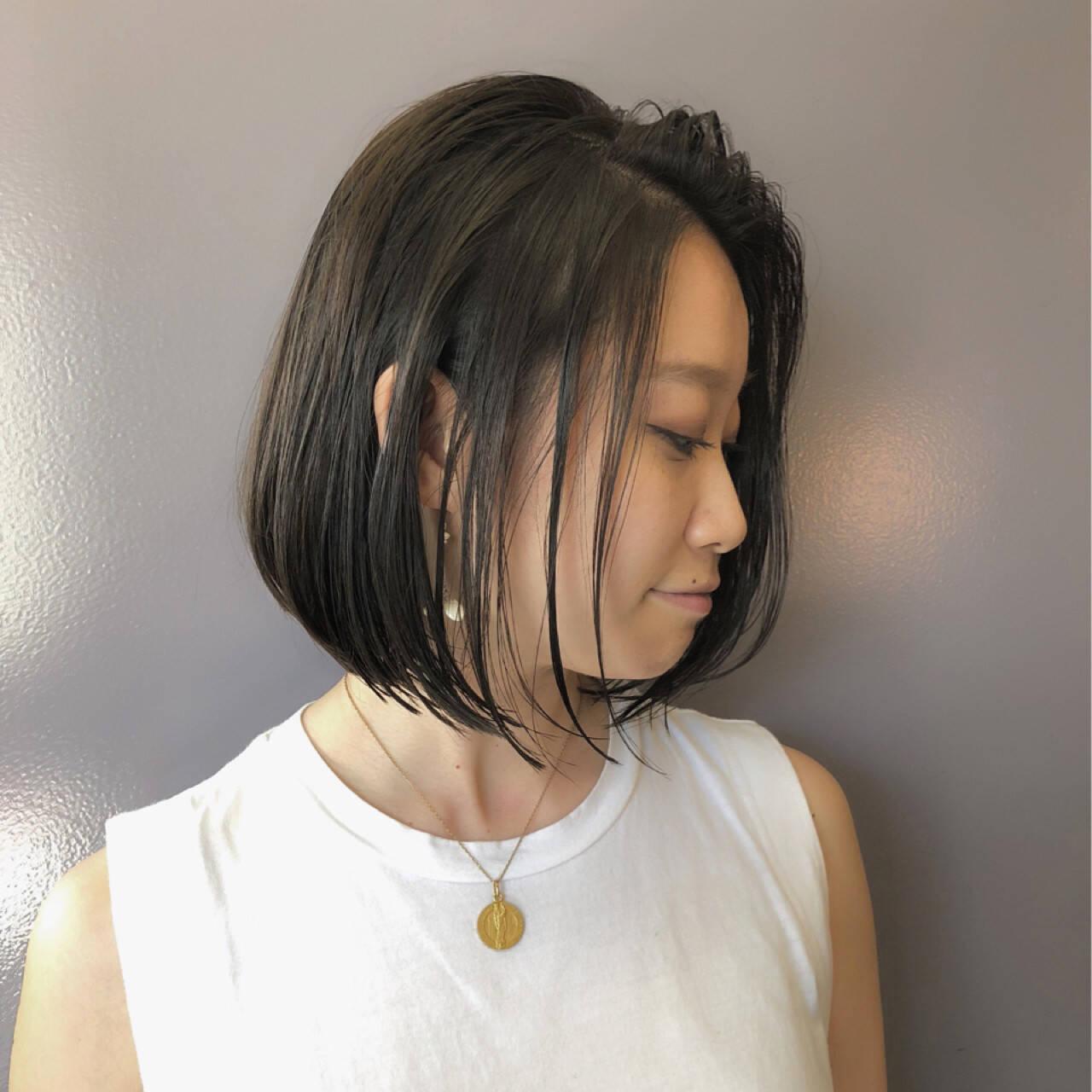 ナチュラル ショートボブ デート オフィスヘアスタイルや髪型の写真・画像