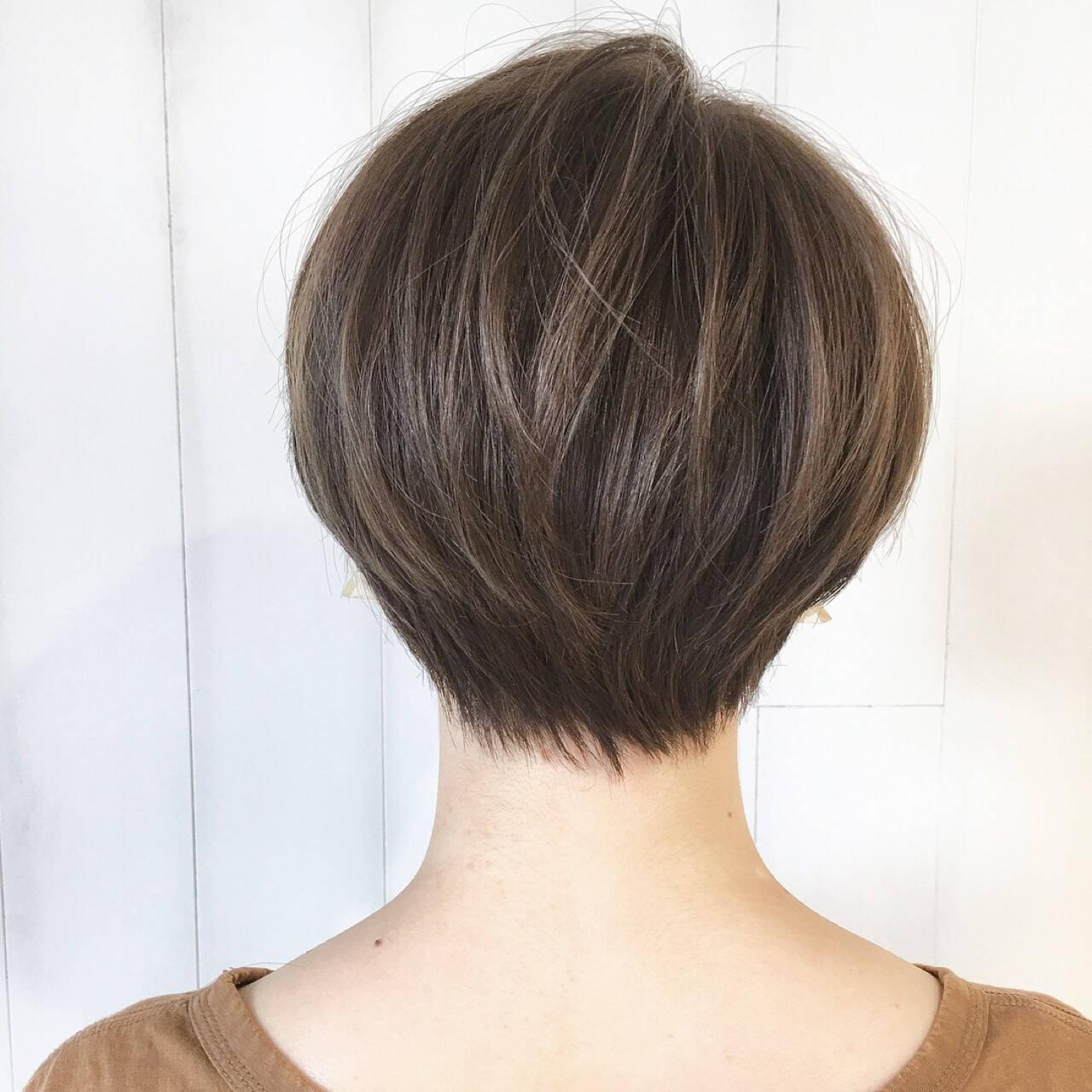 ウェーブ 色気 抜け感 大人かわいいヘアスタイルや髪型の写真・画像