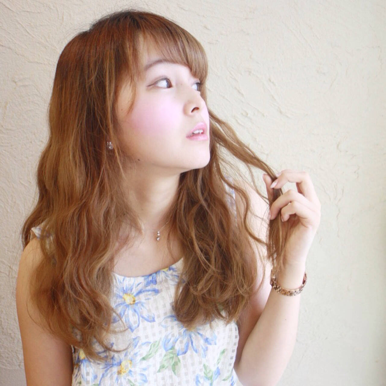 外国人風 ガーリー パーマ セミロングヘアスタイルや髪型の写真・画像