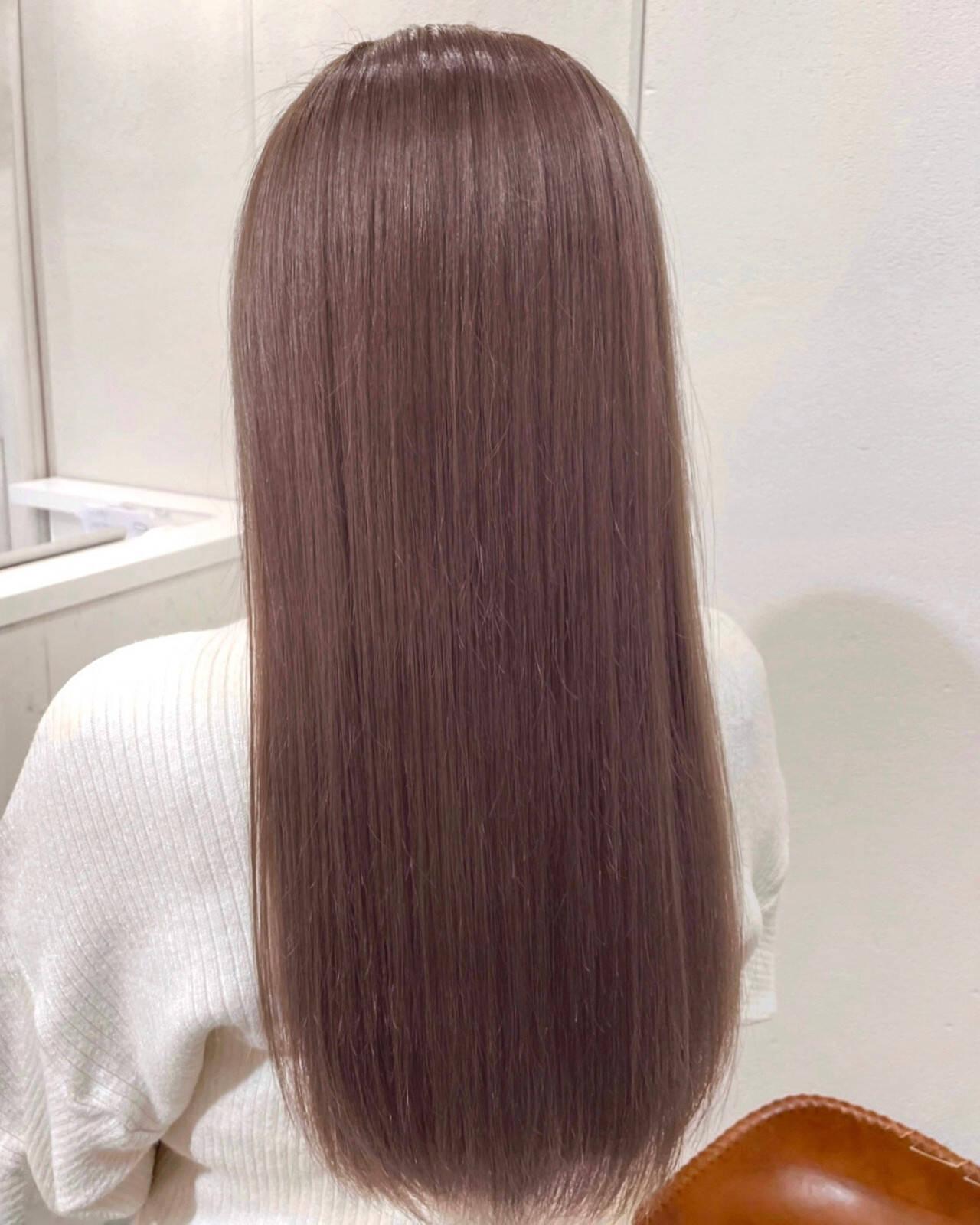 ピンクラベンダー ピンクブラウン ピンクアッシュ ナチュラルヘアスタイルや髪型の写真・画像
