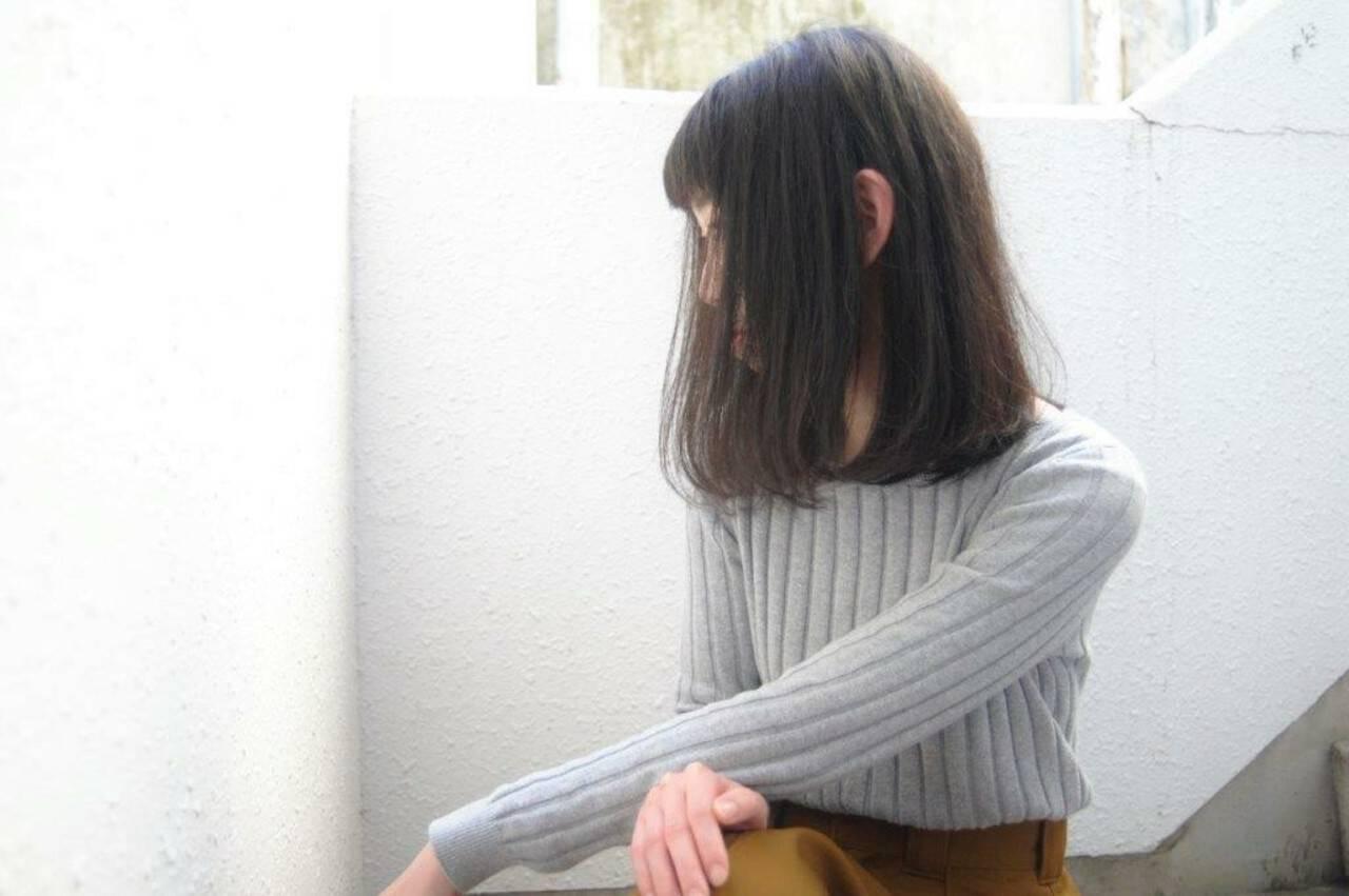 ロブ ナチュラル ミディアム 黒髪ヘアスタイルや髪型の写真・画像