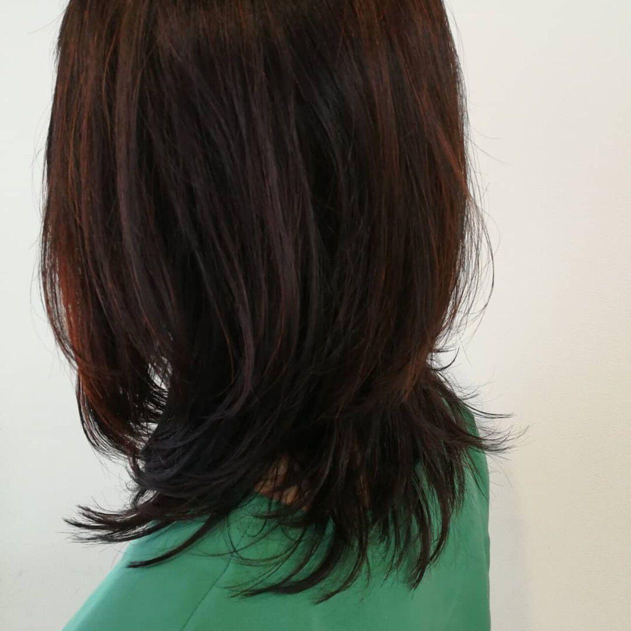 大人かわいい レイヤーカット ミディアム ウルフカットヘアスタイルや髪型の写真・画像