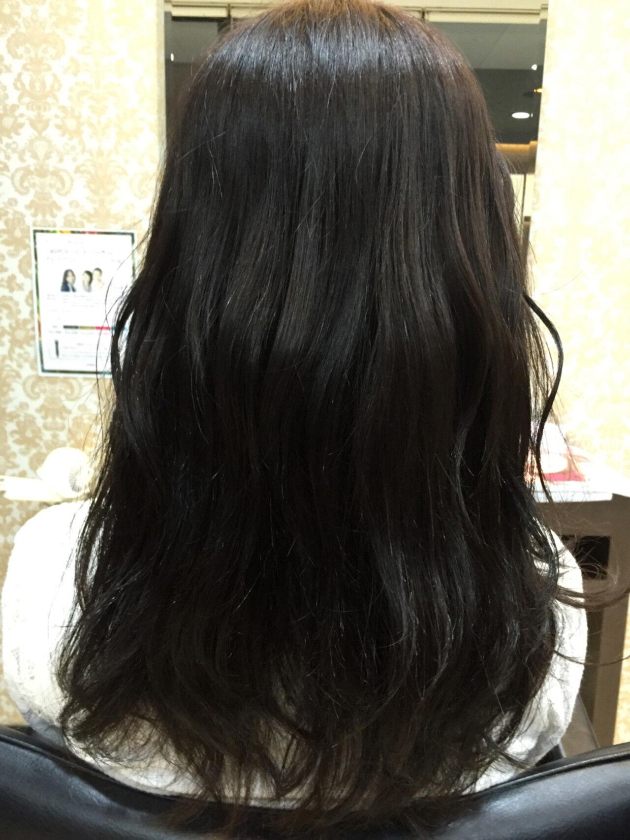 ロング オフィス ナチュラル セミロングヘアスタイルや髪型の写真・画像