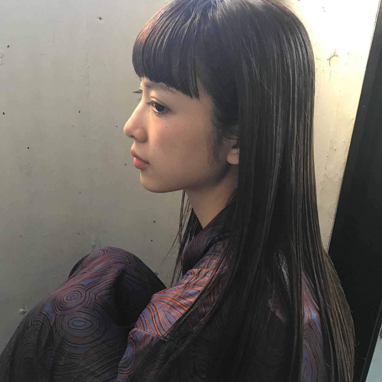 デート アッシュ 前髪あり 透明感ヘアスタイルや髪型の写真・画像