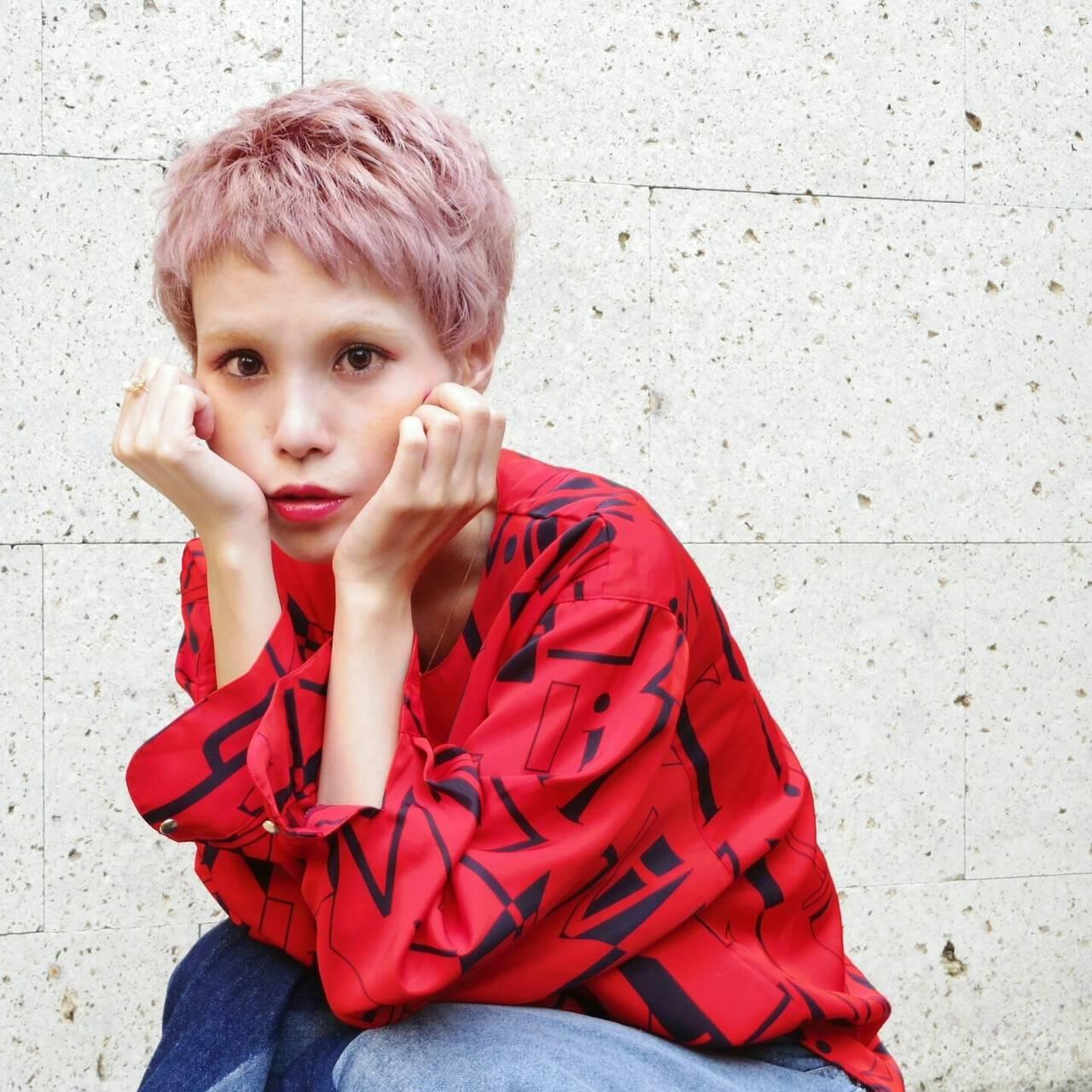 ブリーチ ショート ハイトーン ベリーショートヘアスタイルや髪型の写真・画像