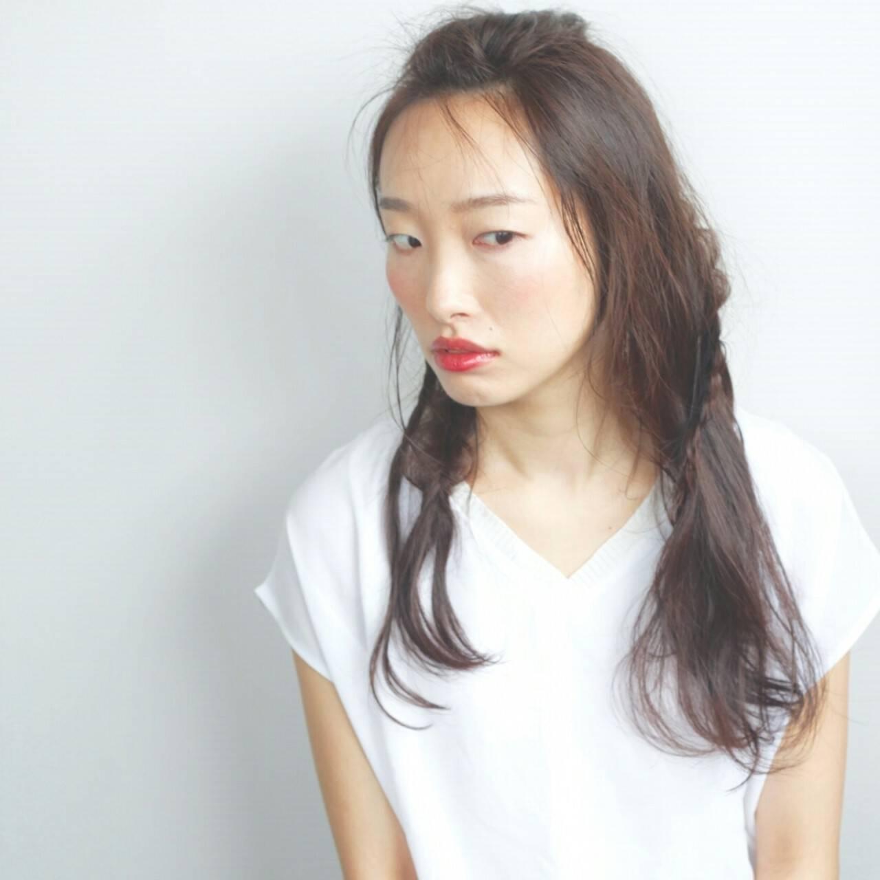 アッシュ 暗髪 アンニュイ ロングヘアスタイルや髪型の写真・画像