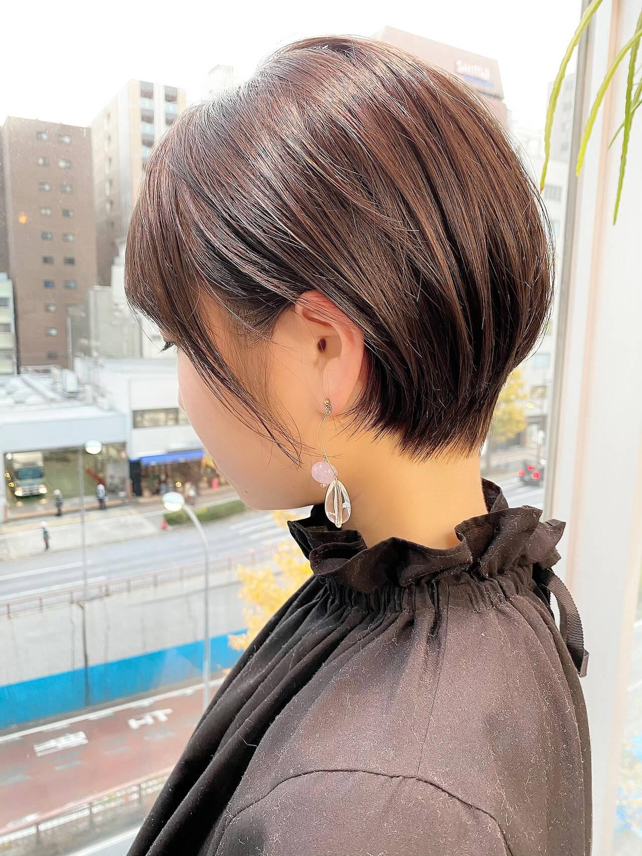 ベリーショート ゆるふわ ショート オフィスヘアスタイルや髪型の写真・画像