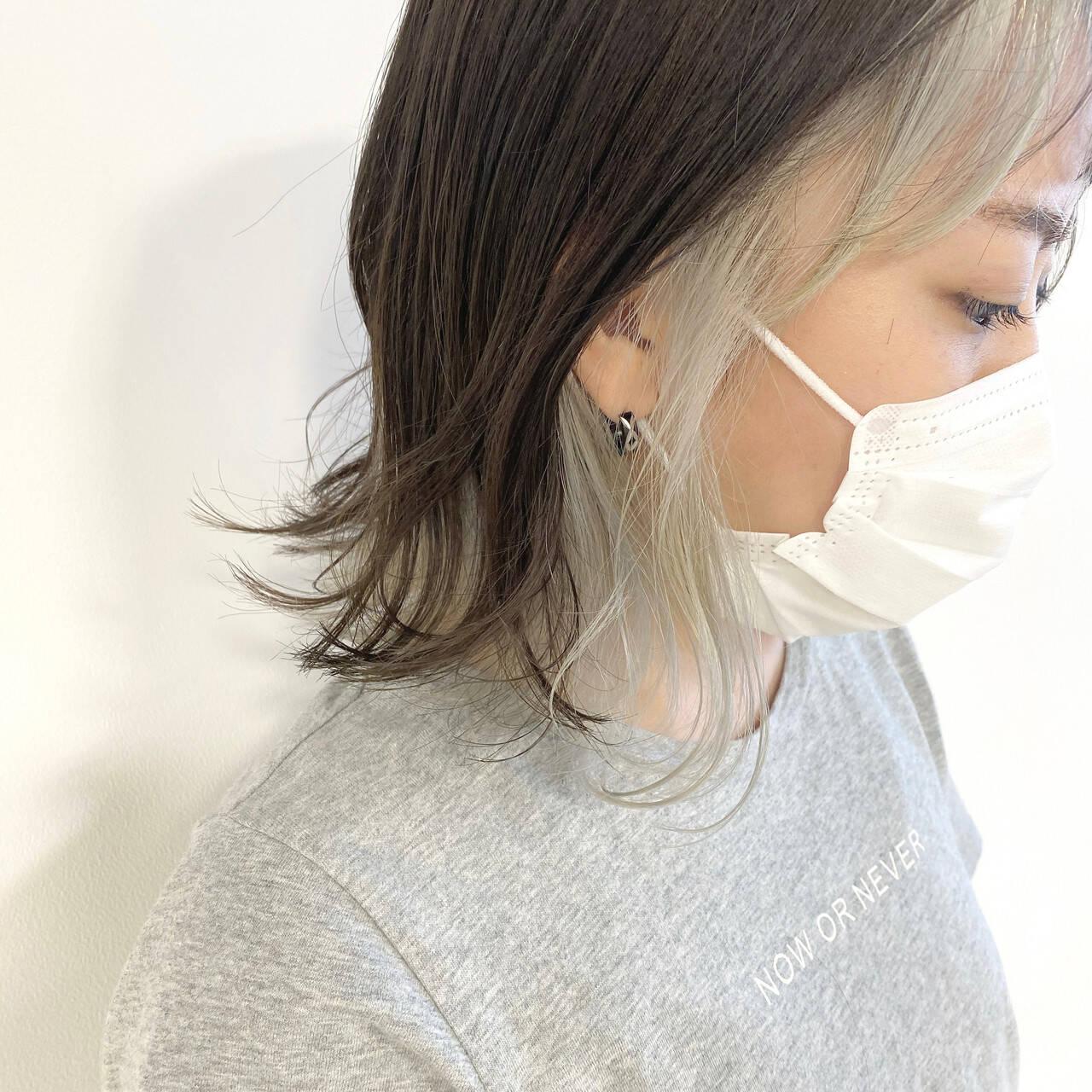 インナーカラー インナーカラーシルバー ナチュラル インナーカラーグレージュヘアスタイルや髪型の写真・画像