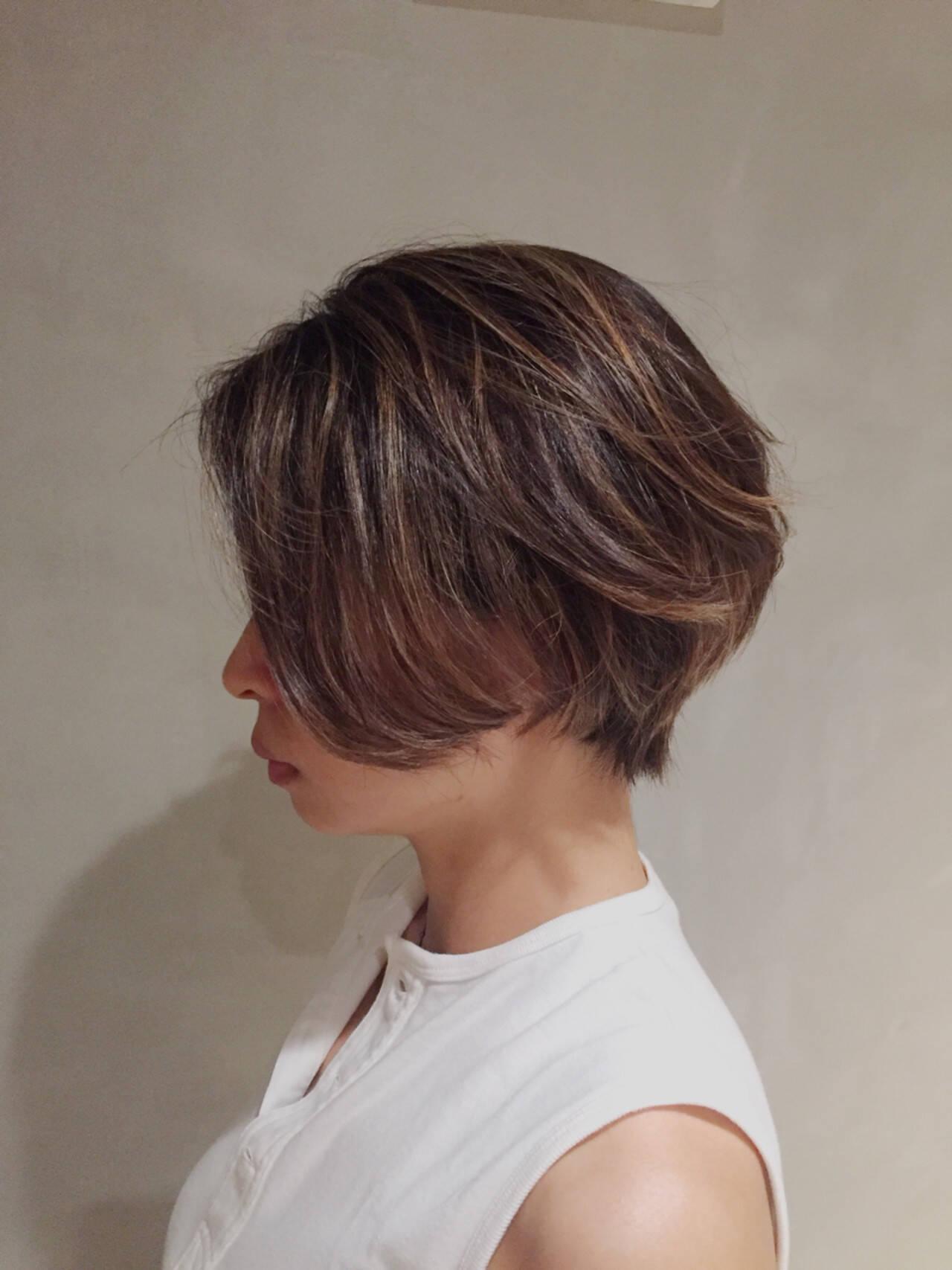 ショートボブ ハイライト ナチュラル ボブヘアスタイルや髪型の写真・画像