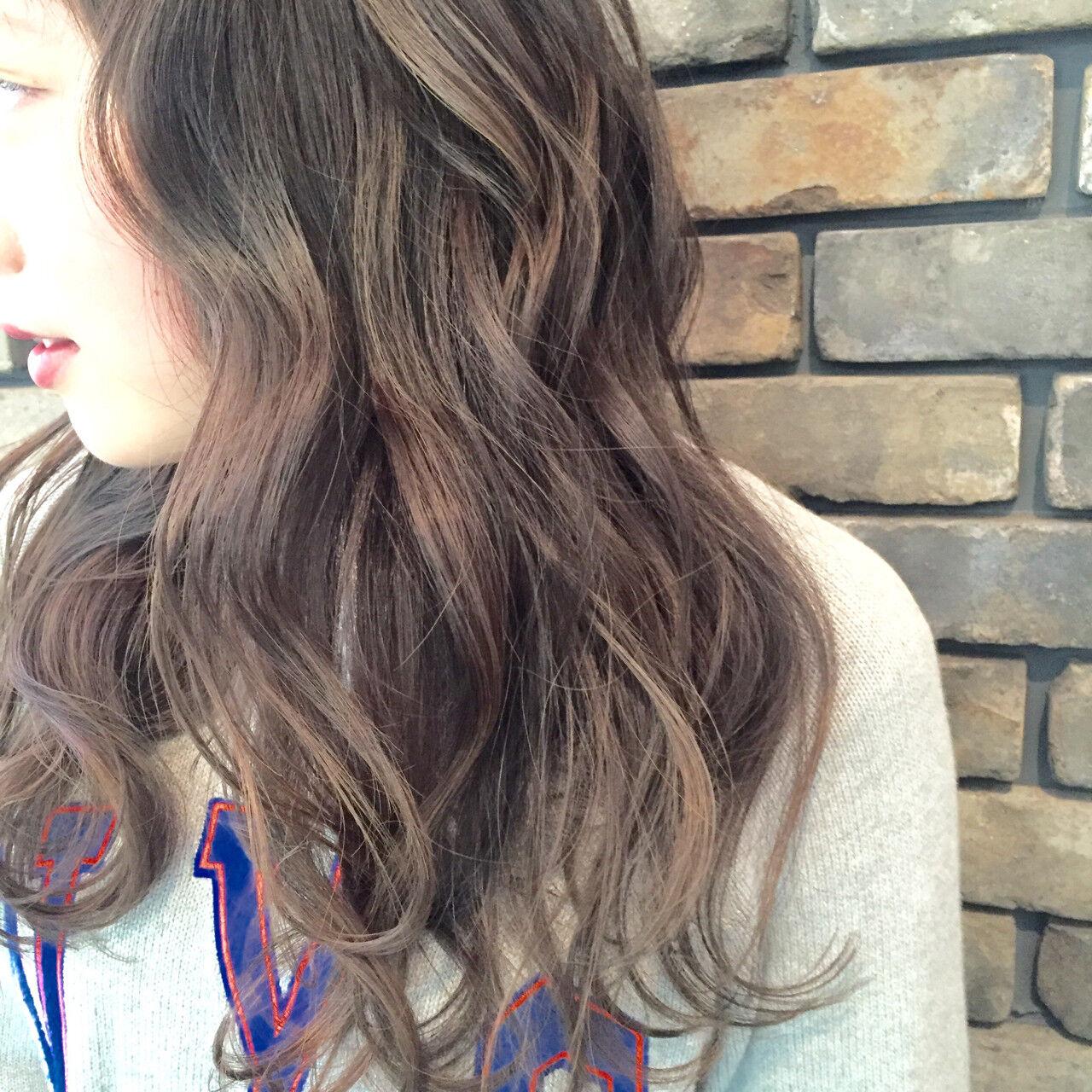 グラデーションカラー アッシュ ストリート 外国人風ヘアスタイルや髪型の写真・画像