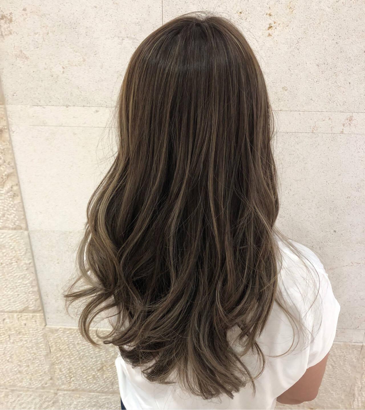 コンサバ ベージュ グレージュ 外国人風カラーヘアスタイルや髪型の写真・画像