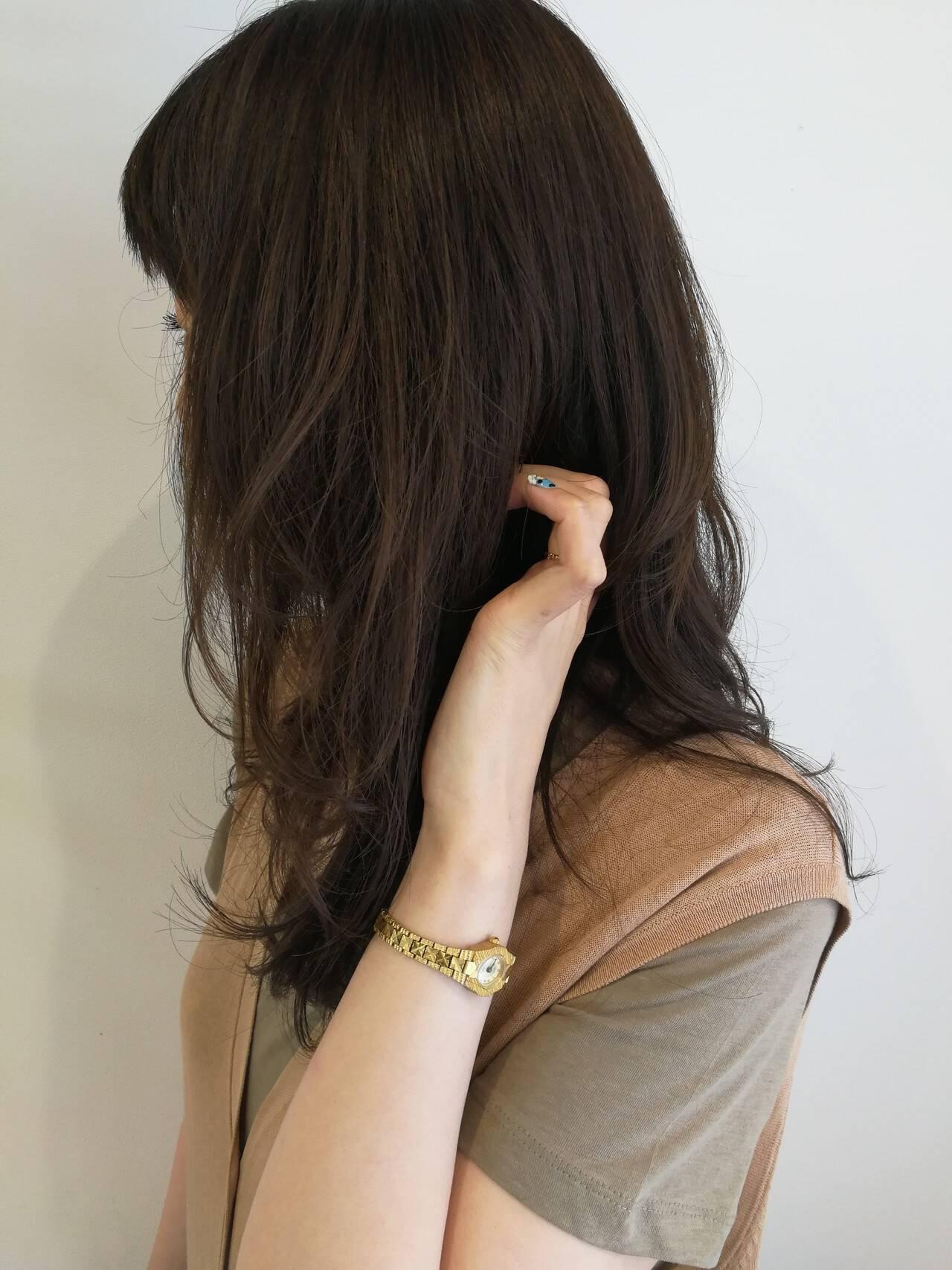 ナチュラル レイヤーカット ヘアカラー ハイライトヘアスタイルや髪型の写真・画像