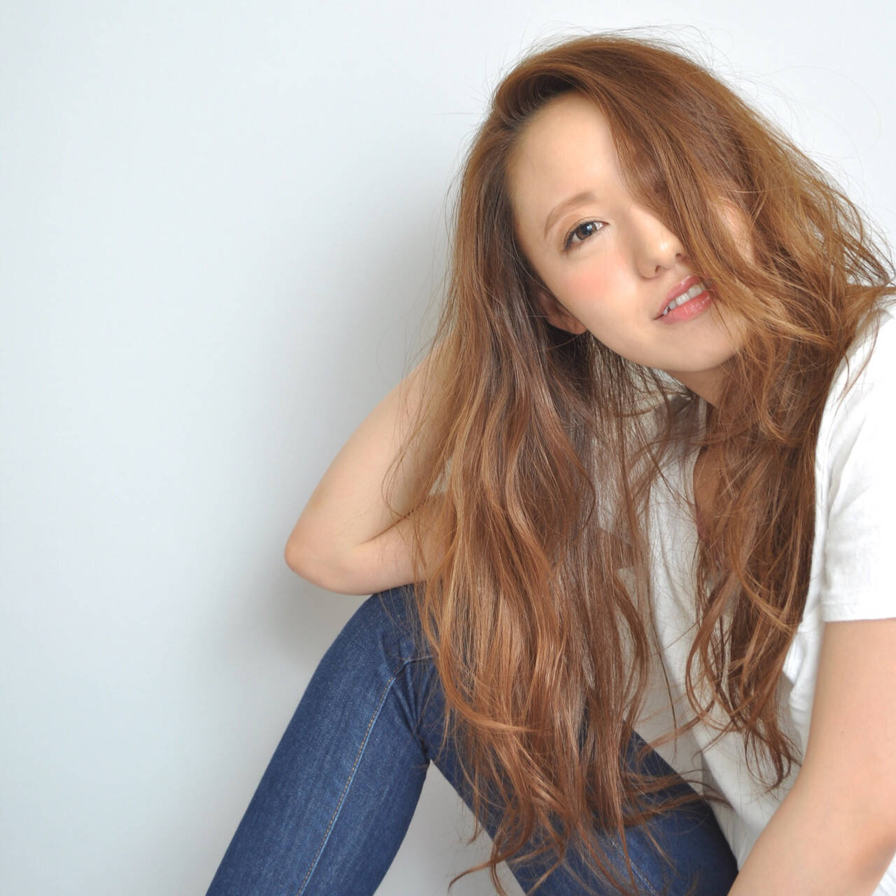 フェミニン かわいい 大人かわいい ロングヘアスタイルや髪型の写真・画像