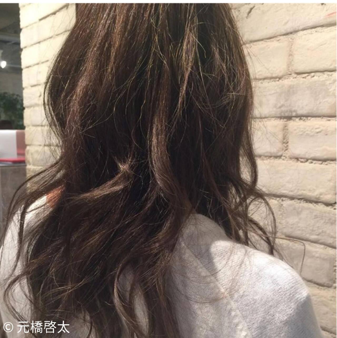 アッシュ ハイライト ストリート 外国人風ヘアスタイルや髪型の写真・画像