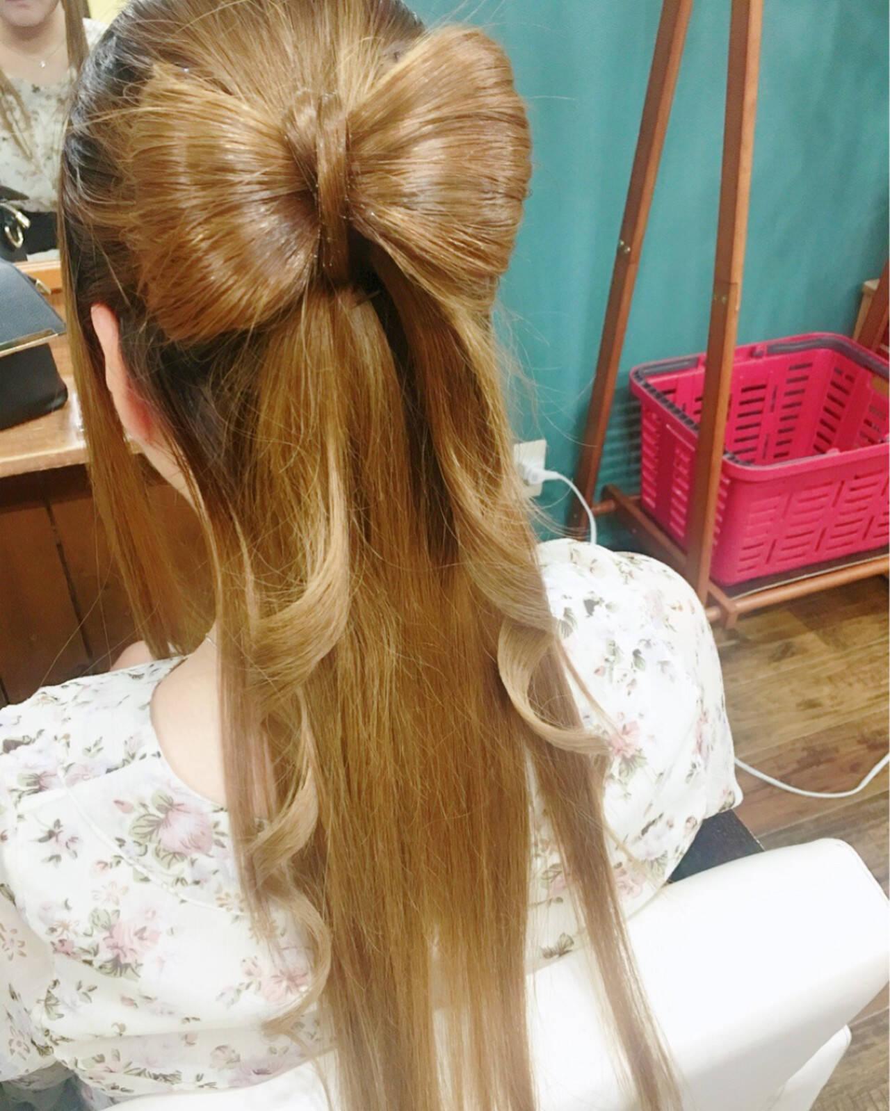ナチュラル ゆるふわ フェミニン ヘアアレンジヘアスタイルや髪型の写真・画像