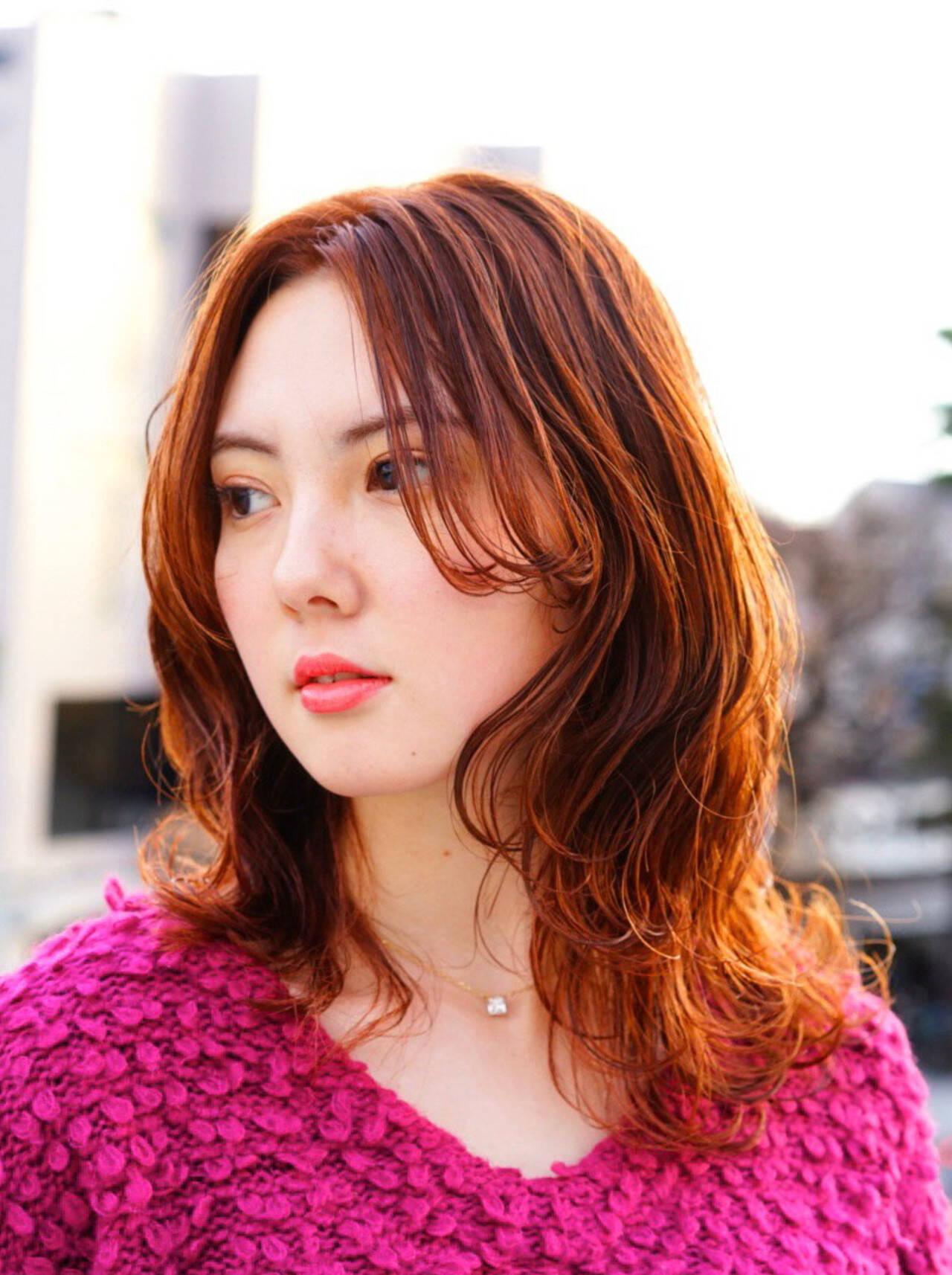 秋冬スタイル エレガント オレンジブラウン お洒落ヘアスタイルや髪型の写真・画像