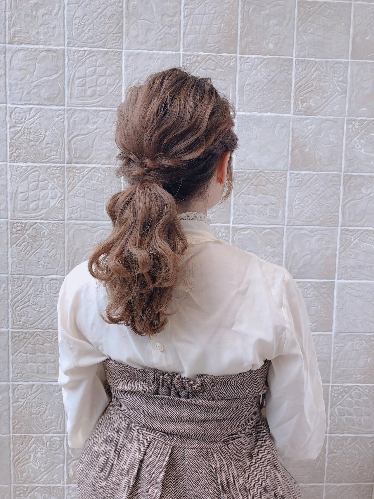 アンニュイほつれヘア フェミニン セミロング 結婚式ヘアスタイルや髪型の写真・画像