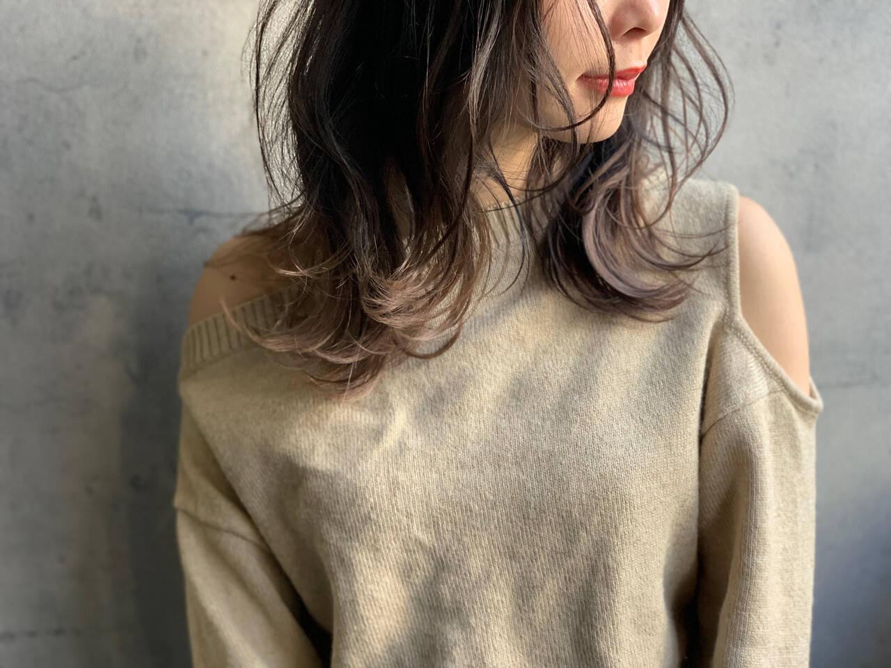アンニュイほつれヘア ゆるナチュラル アッシュグレージュ 大人かわいいヘアスタイルや髪型の写真・画像