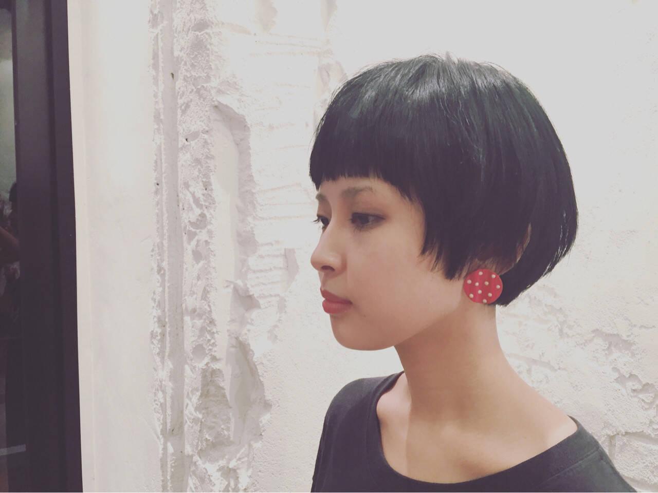 黒髪 ショート モード ショートバングヘアスタイルや髪型の写真・画像