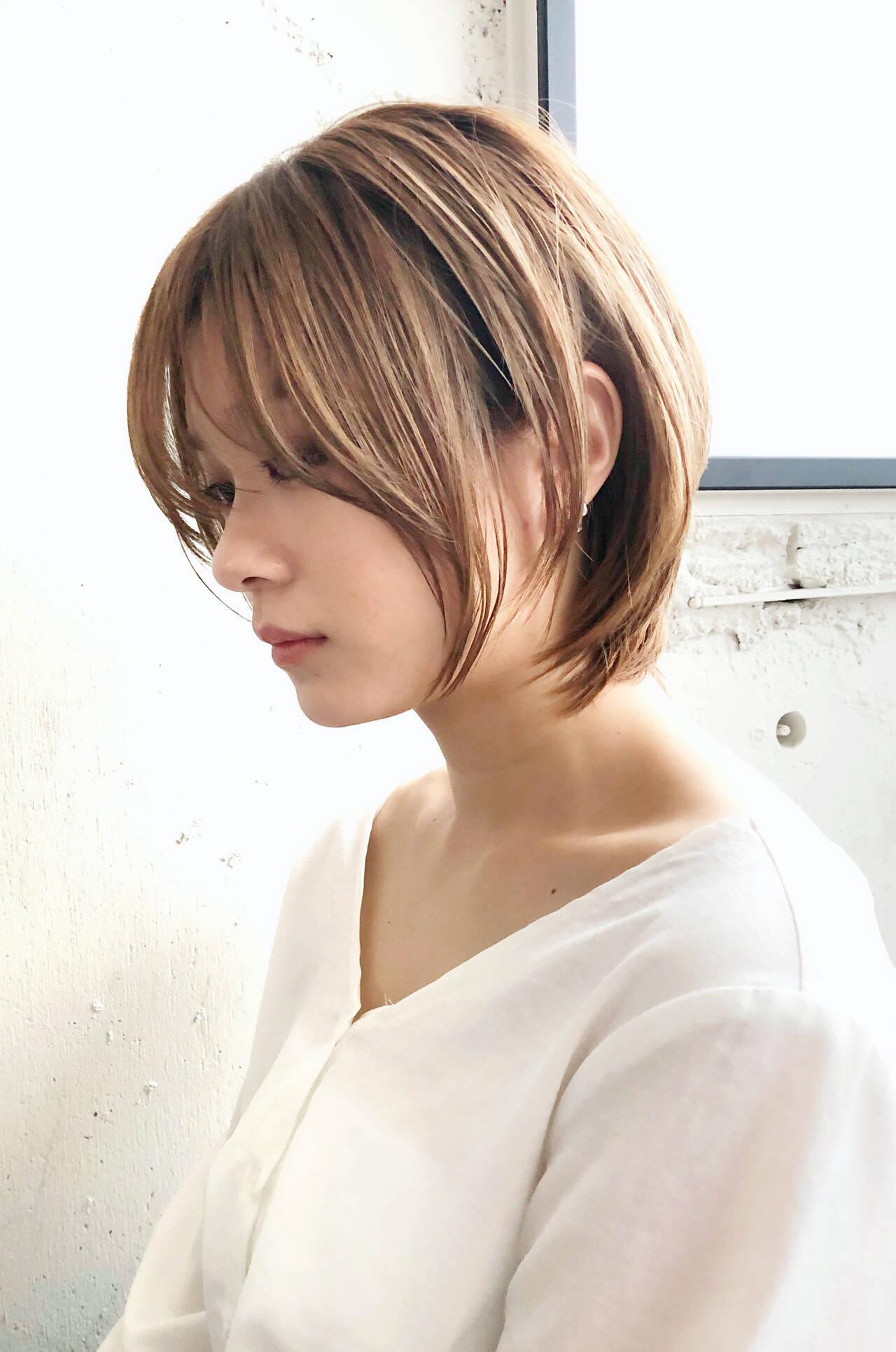 カーキアッシュ 最新トリートメント 大人ロング ヘアアレンジヘアスタイルや髪型の写真・画像