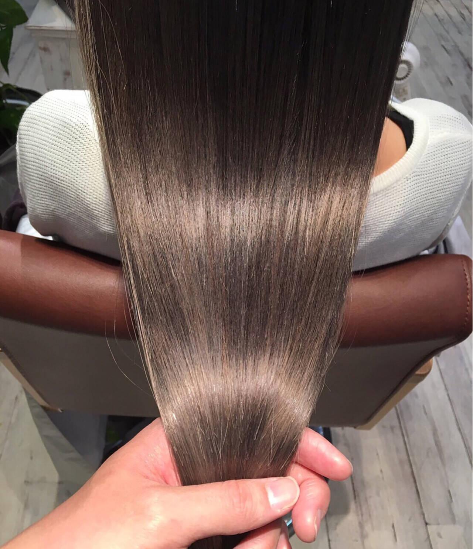 アッシュ ストリート グレージュ 透明感ヘアスタイルや髪型の写真・画像