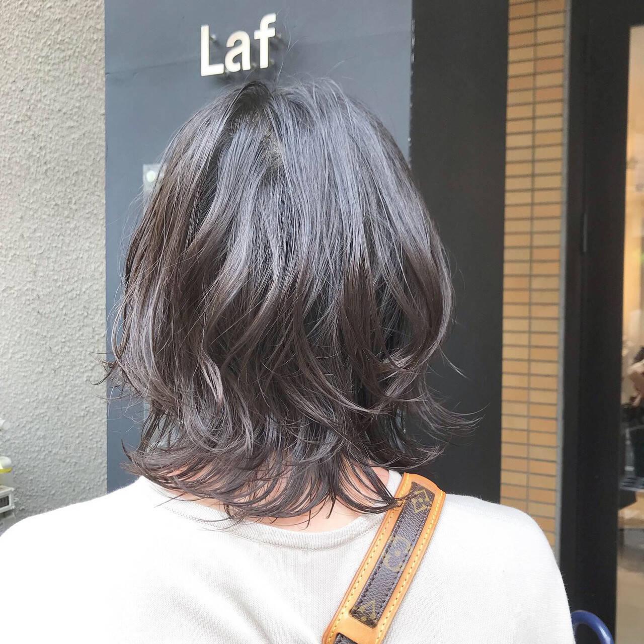 くびれボブ フェミニン グレージュ ボブヘアスタイルや髪型の写真・画像