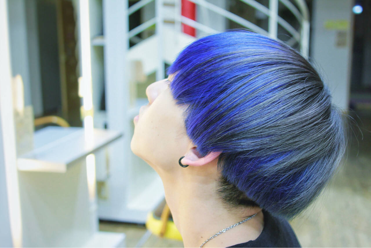 マッシュ ショート ネイビー メンズヘアスタイルや髪型の写真・画像