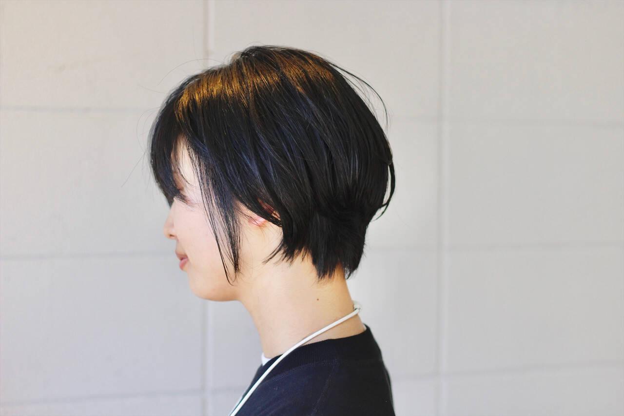 黒髪ショート ゆるナチュラル 黒髪 ショートボブヘアスタイルや髪型の写真・画像