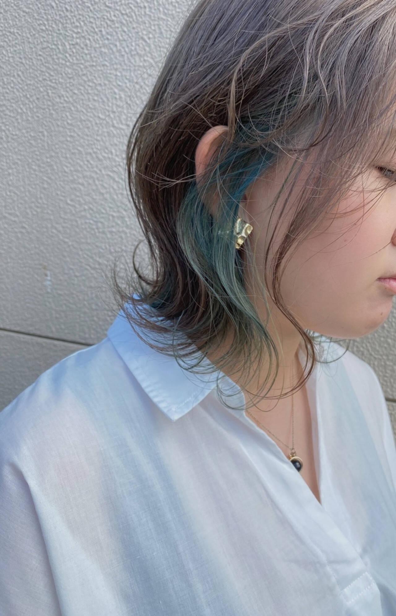 ブリーチカラー インナーカラー ボブ ナチュラルヘアスタイルや髪型の写真・画像