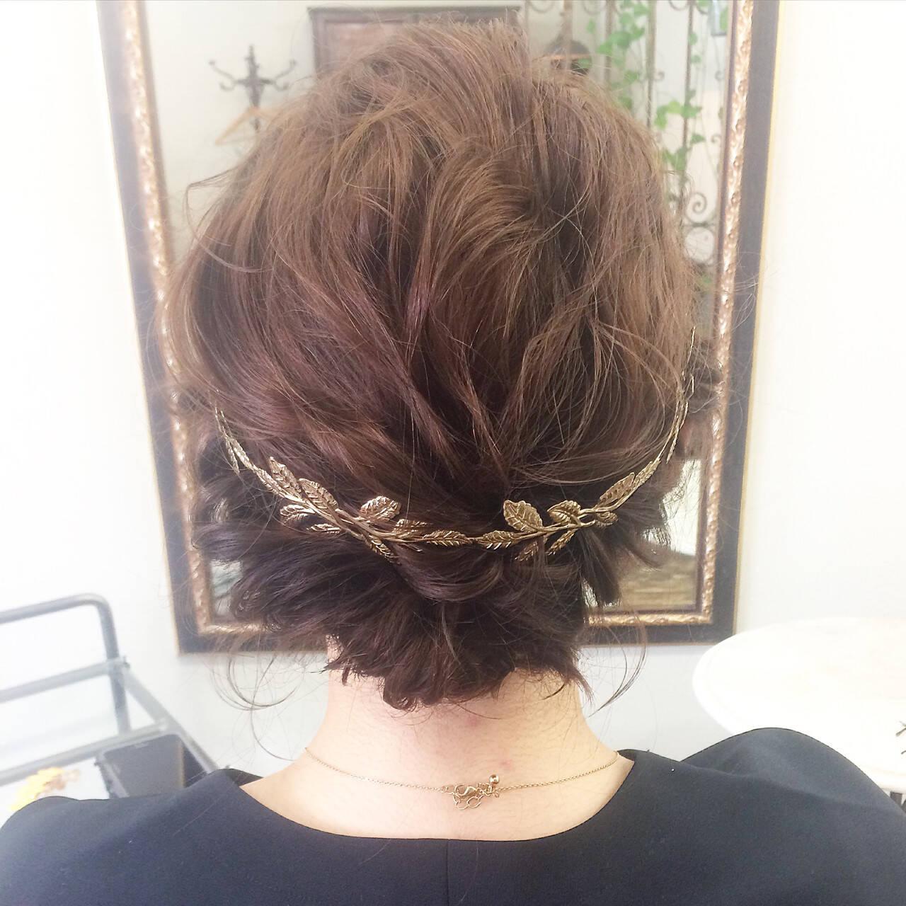 セミロング アッシュ 結婚式 ヘアアレンジヘアスタイルや髪型の写真・画像
