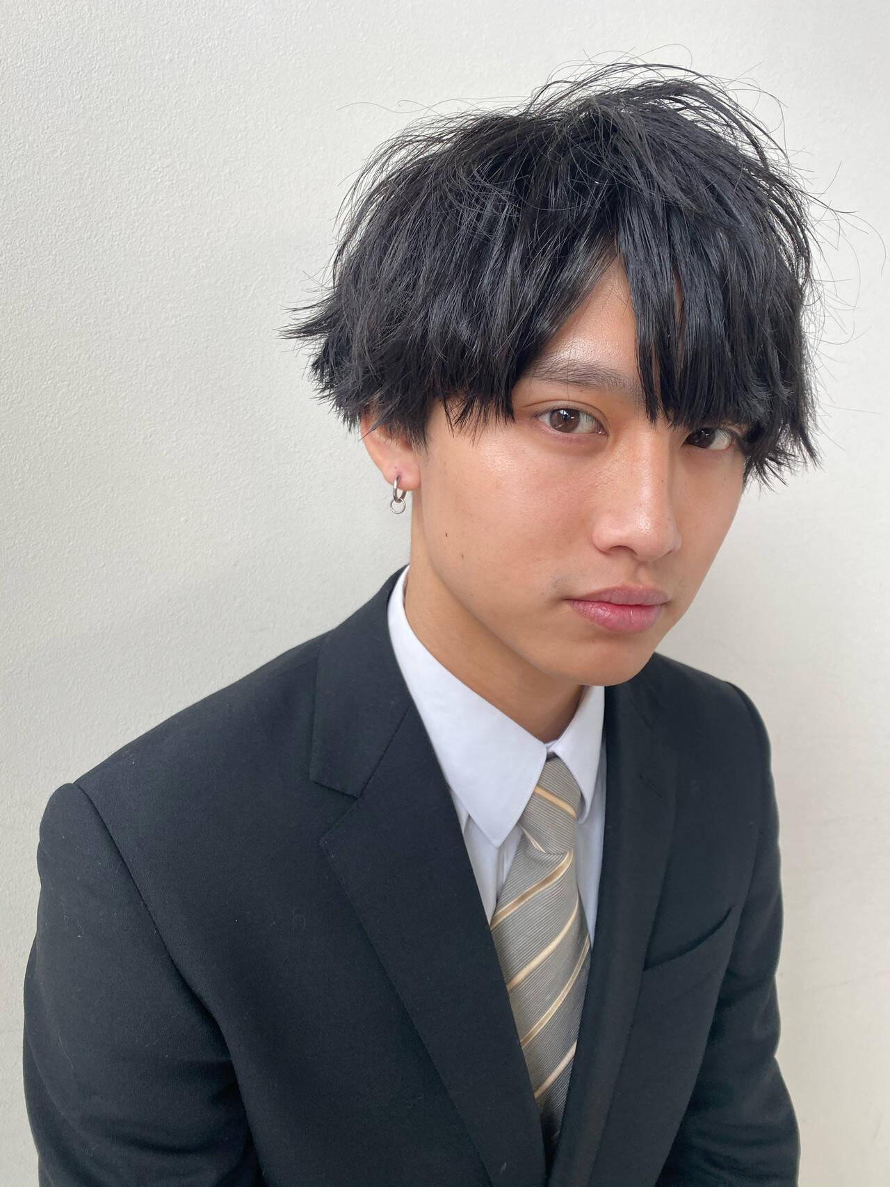 メンズカット メンズヘア メンズパーマ ナチュラルヘアスタイルや髪型の写真・画像