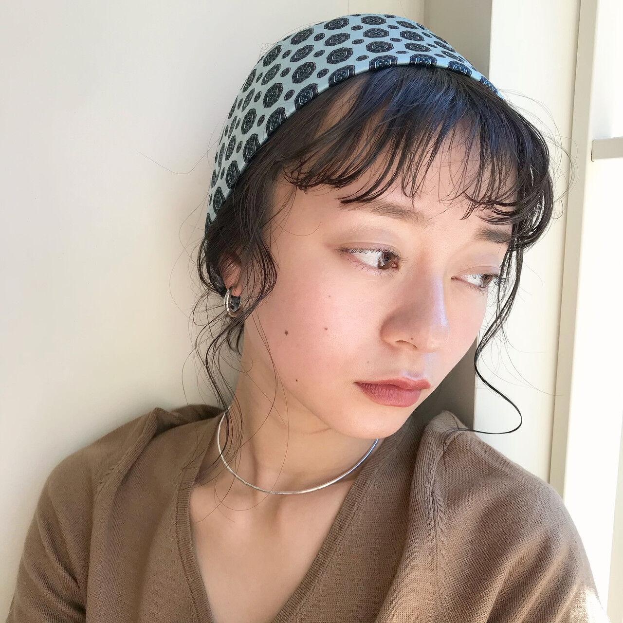 オン眉 ナチュラル 簡単ヘアアレンジ ミディアムヘアスタイルや髪型の写真・画像