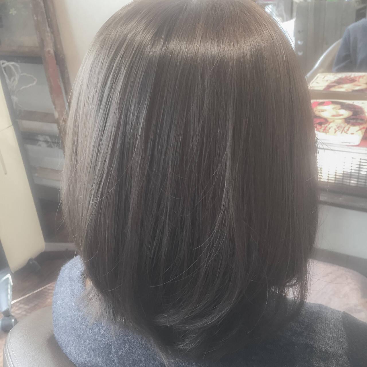 色気 ハイトーン フェミニン 外国人風カラーヘアスタイルや髪型の写真・画像