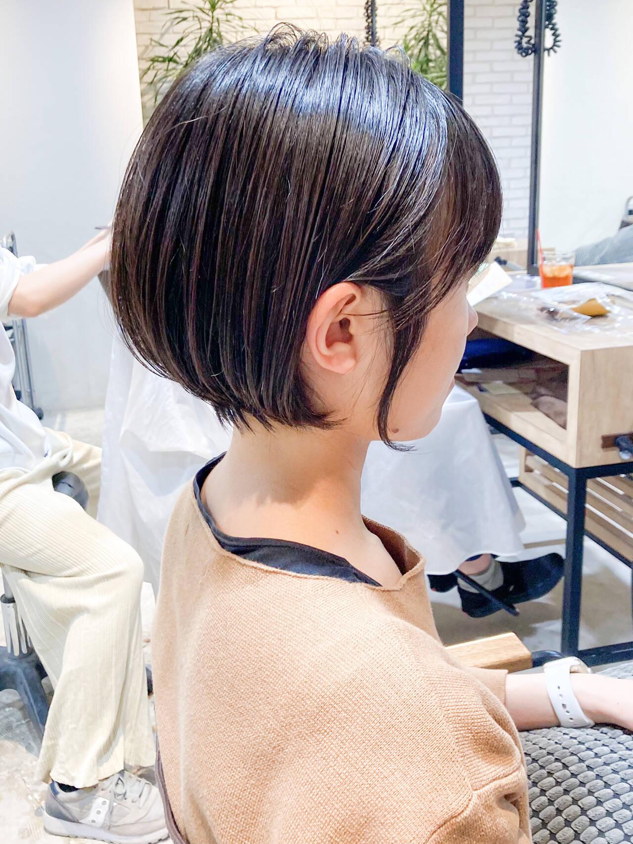 鎖骨ミディアム レイヤーヘアー ゆるふわ ミニボブヘアスタイルや髪型の写真・画像