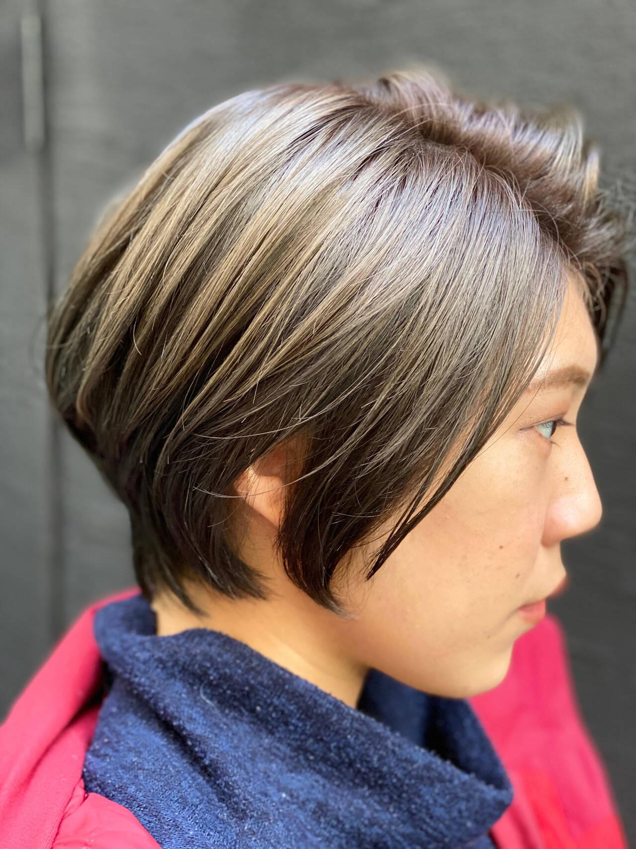 ボブ ハンサムバング ナチュラル ショートボブヘアスタイルや髪型の写真・画像