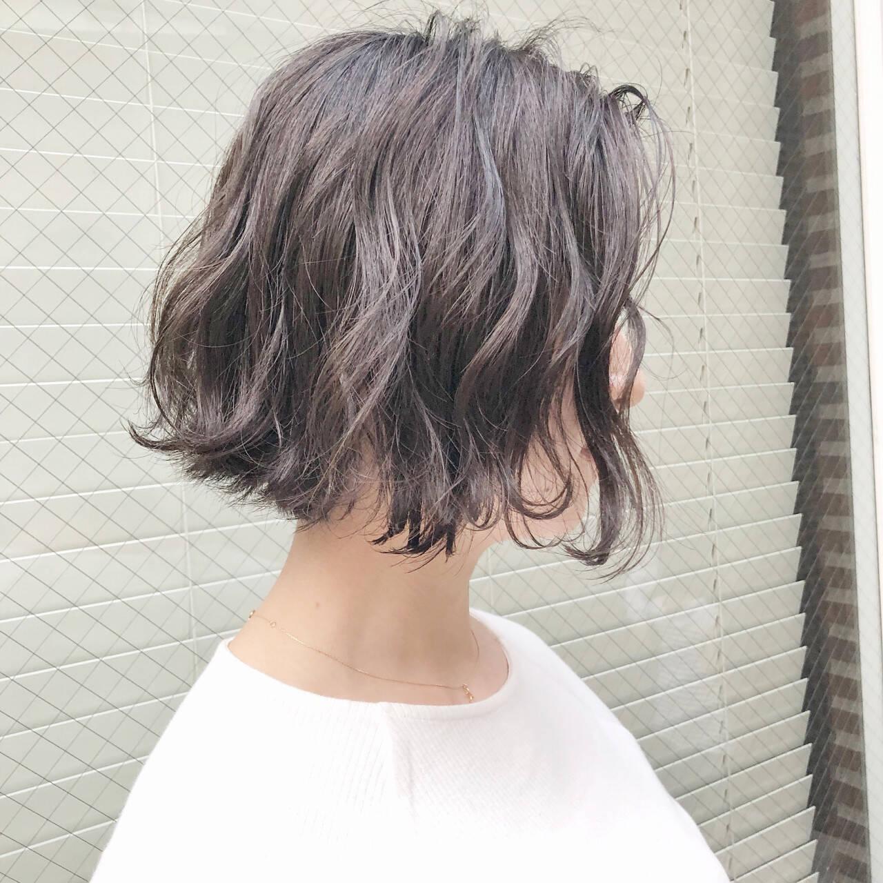 ボブ アンニュイ ニュアンス ナチュラルヘアスタイルや髪型の写真・画像