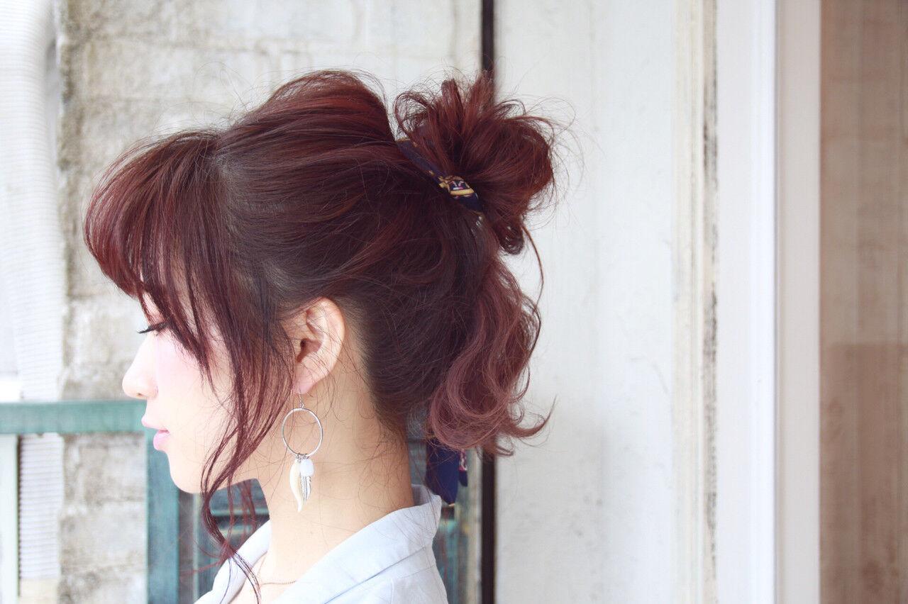 フェミニン ヘアアクセ ヘアアレンジ ロングヘアスタイルや髪型の写真・画像