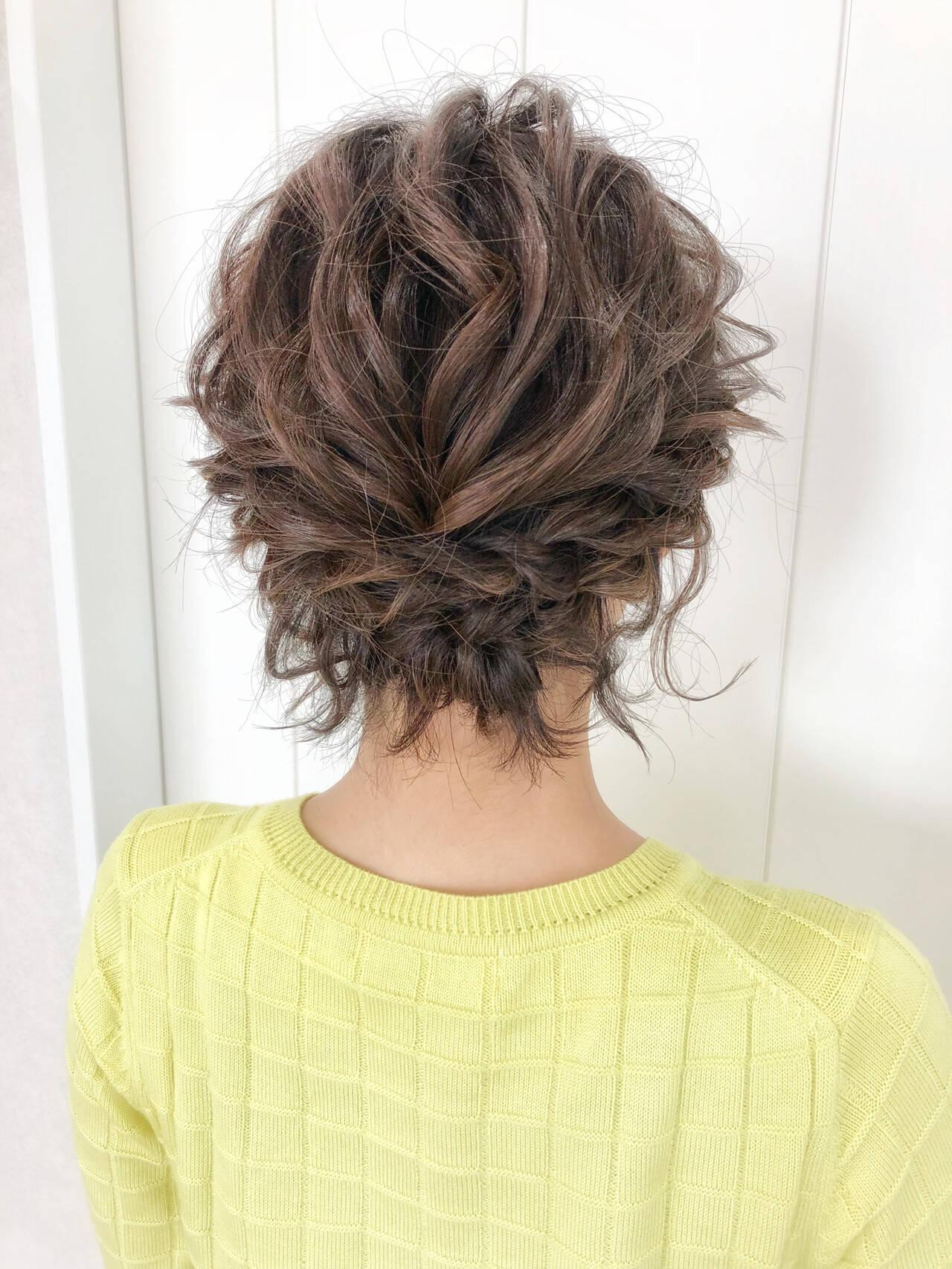 ヘアアレンジ お呼ばれヘア 結婚式ヘアアレンジ ナチュラルヘアスタイルや髪型の写真・画像