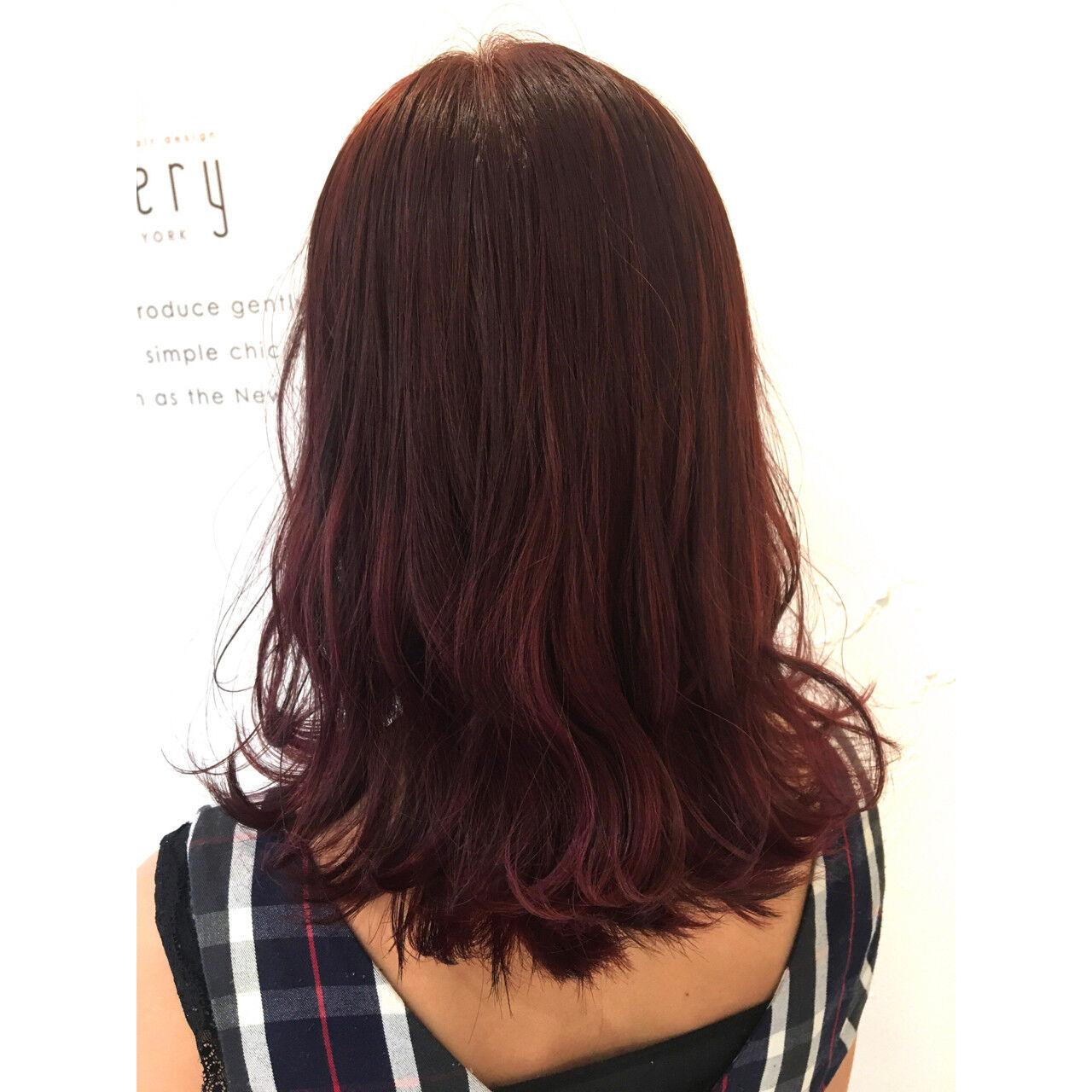 リラックス セミロング 女子会 ストリートヘアスタイルや髪型の写真・画像