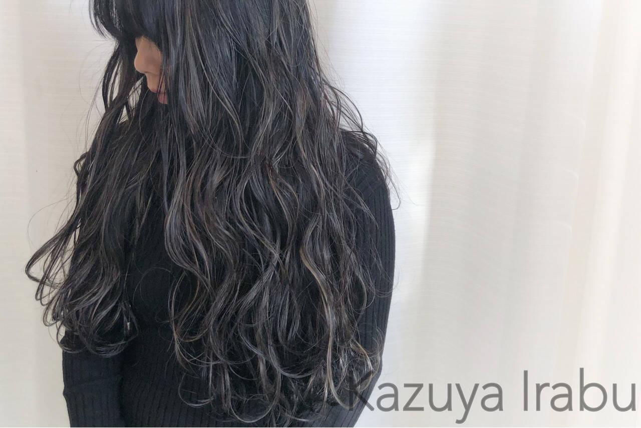 ハイライト グレージュ アッシュ 外国人風カラーヘアスタイルや髪型の写真・画像