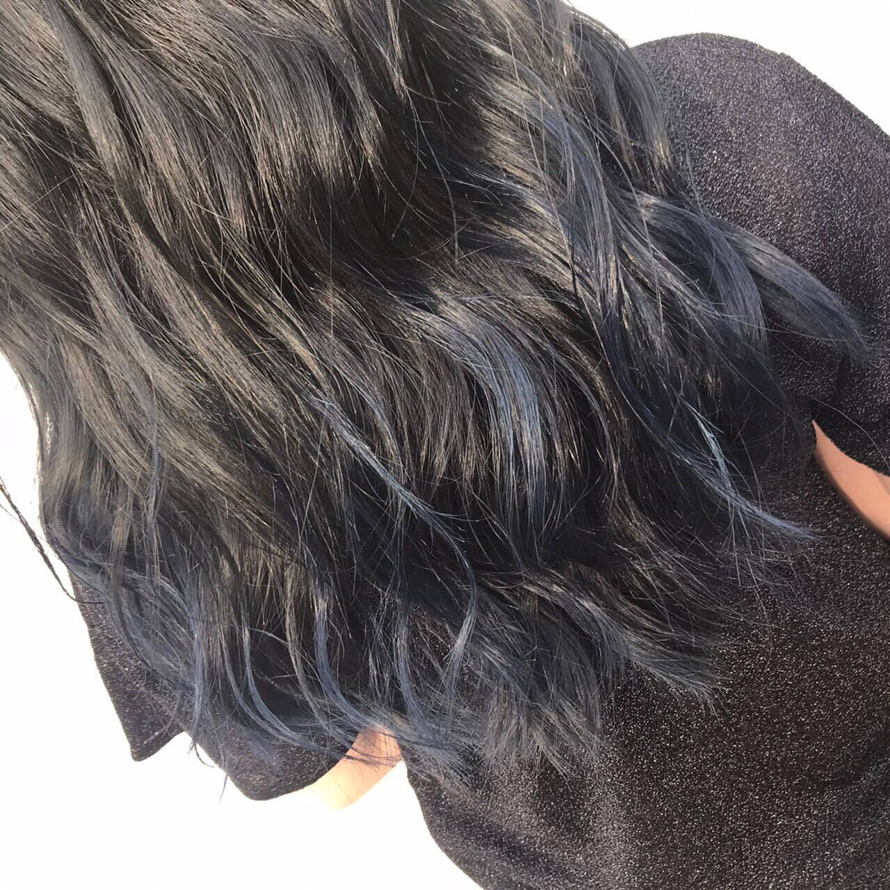 ネイビーカラー ロング ブルーグラデーション グラデーションカラーヘアスタイルや髪型の写真・画像