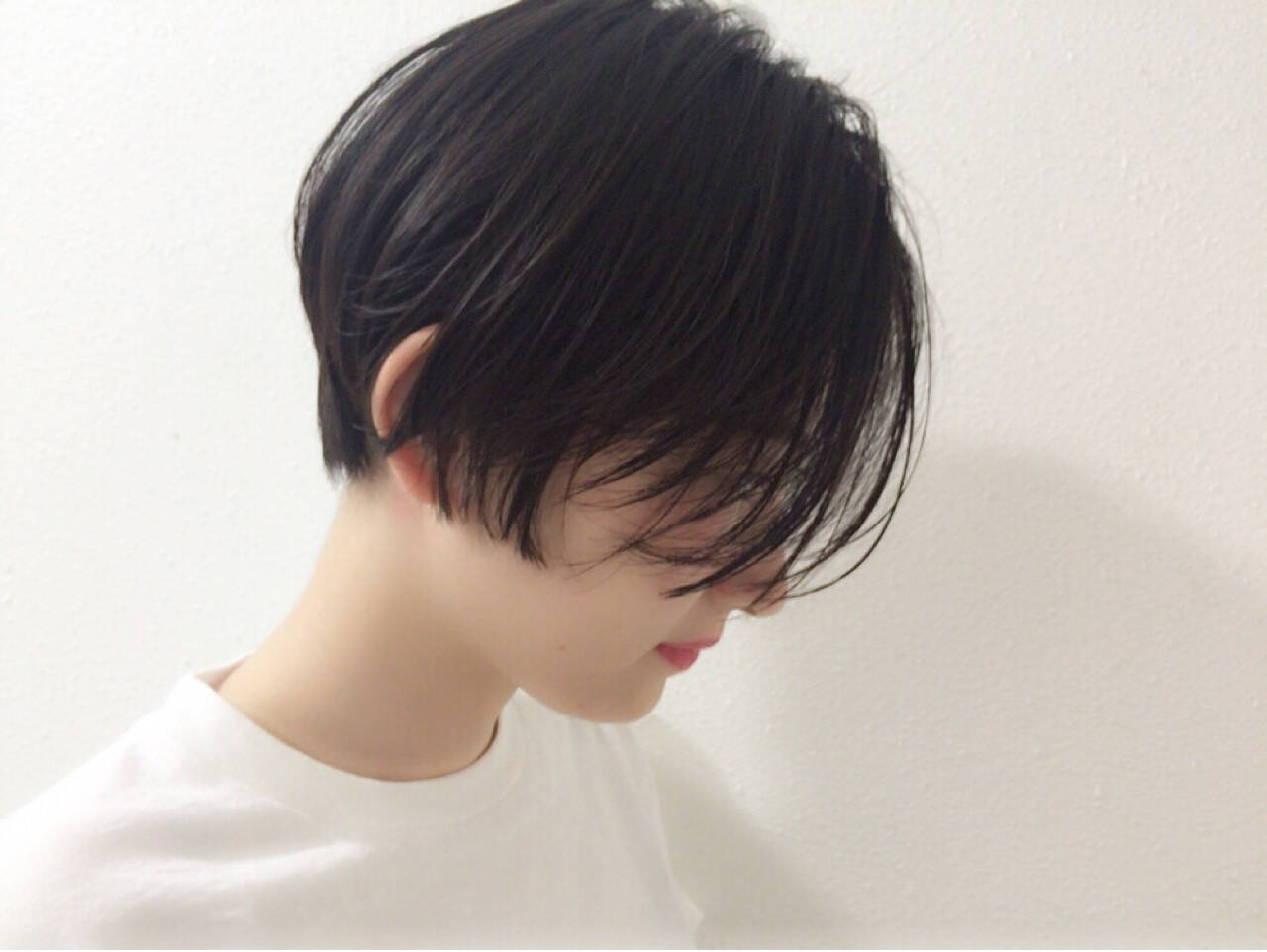 ウェットヘア 黒髪 モード リラックスヘアスタイルや髪型の写真・画像